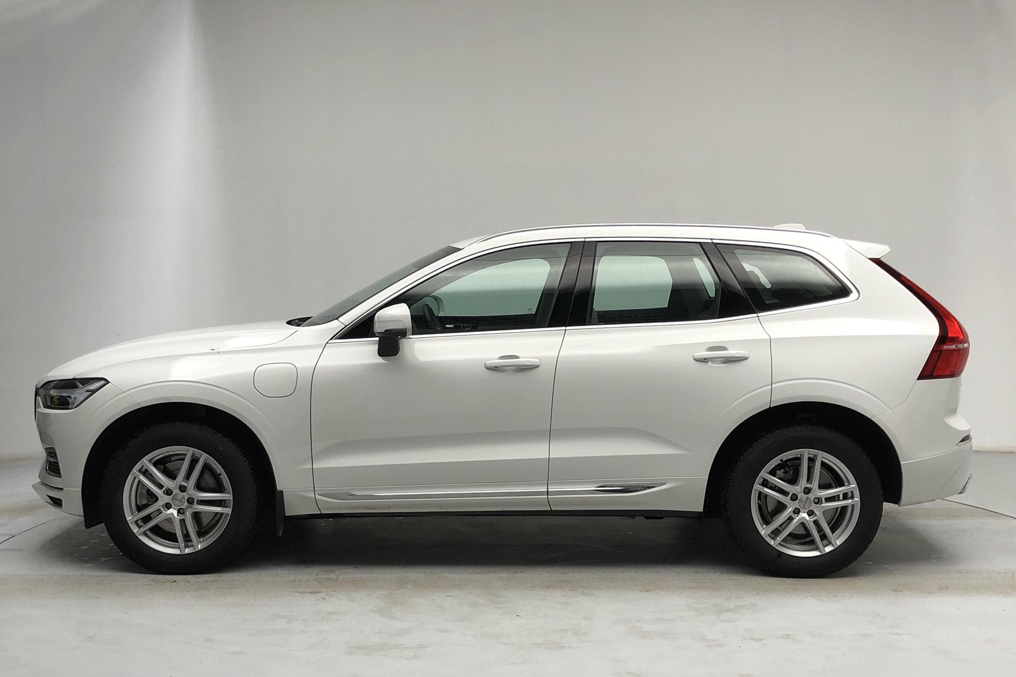 Volvo XC60 T8 AWD Twin Engine (390hk) - 25 360 km - Automatic - white - 2020