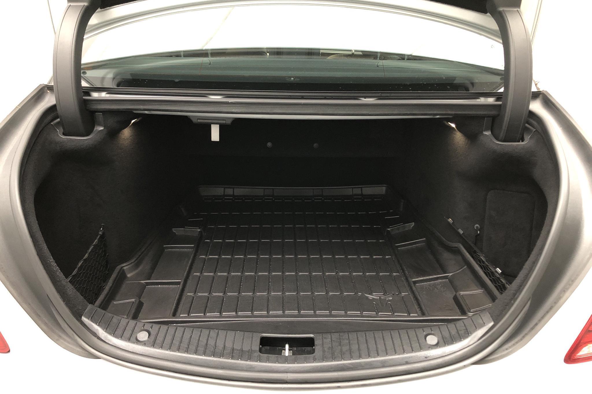 Mercedes S 350 BlueTEC W222 (258hk) - 5 278 mil - Automat - silver - 2014
