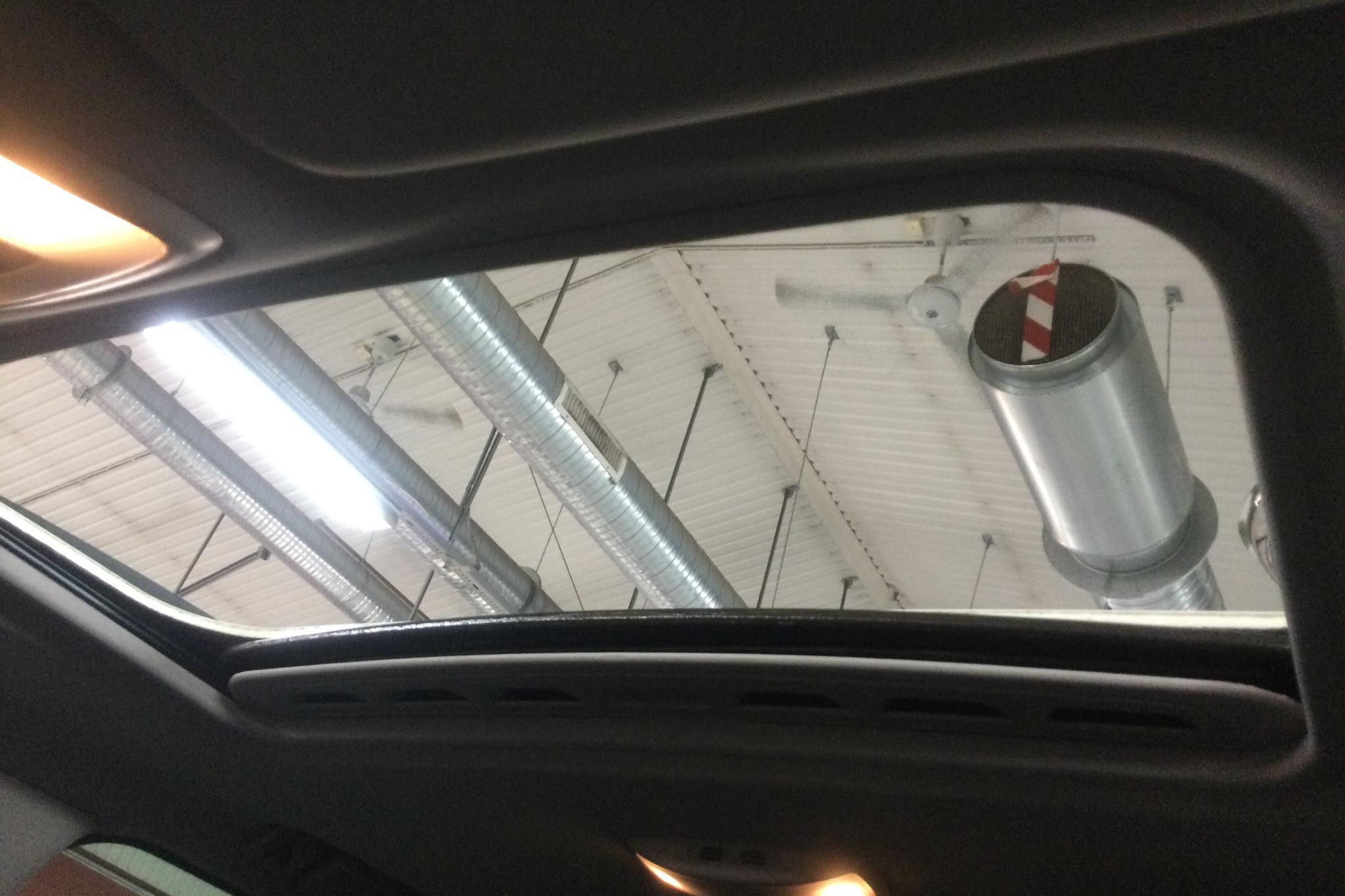 Volvo V70 II D3 (163hk) - 11 836 mil - Automat - vit - 2012