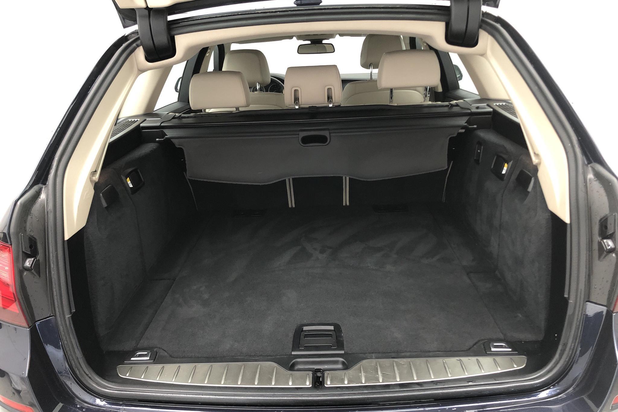 BMW 520d xDrive Touring, F11 (190hk) - 62 050 km - Automatic - blue - 2017