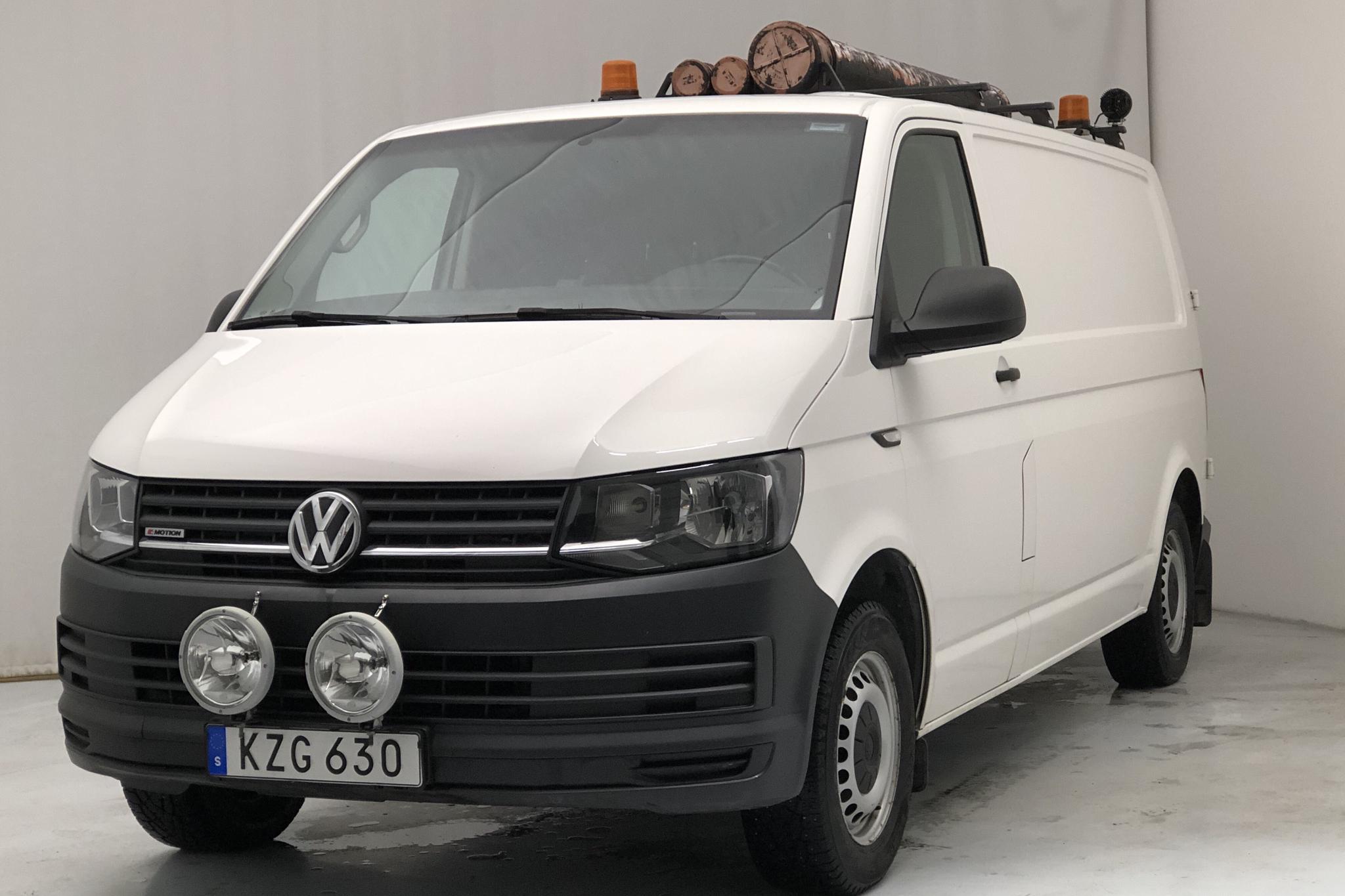 VW Transporter T6 2.0 TDI BMT Skåp 4MOTION (140hk) - 109 610 km - Manual - white - 2016