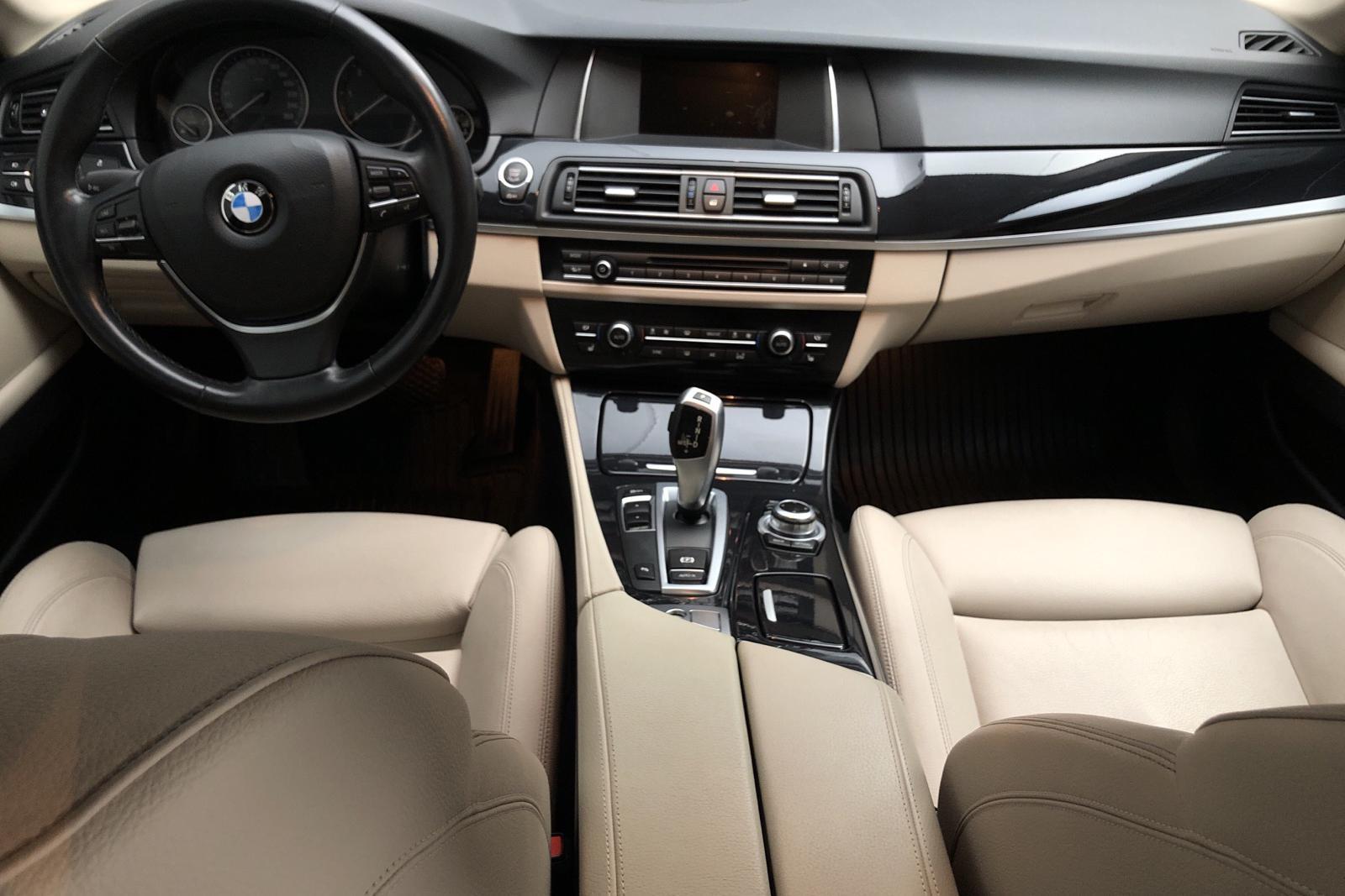 BMW 520d Touring, F11 (190hk) - 66 830 km - Automatic - black - 2017