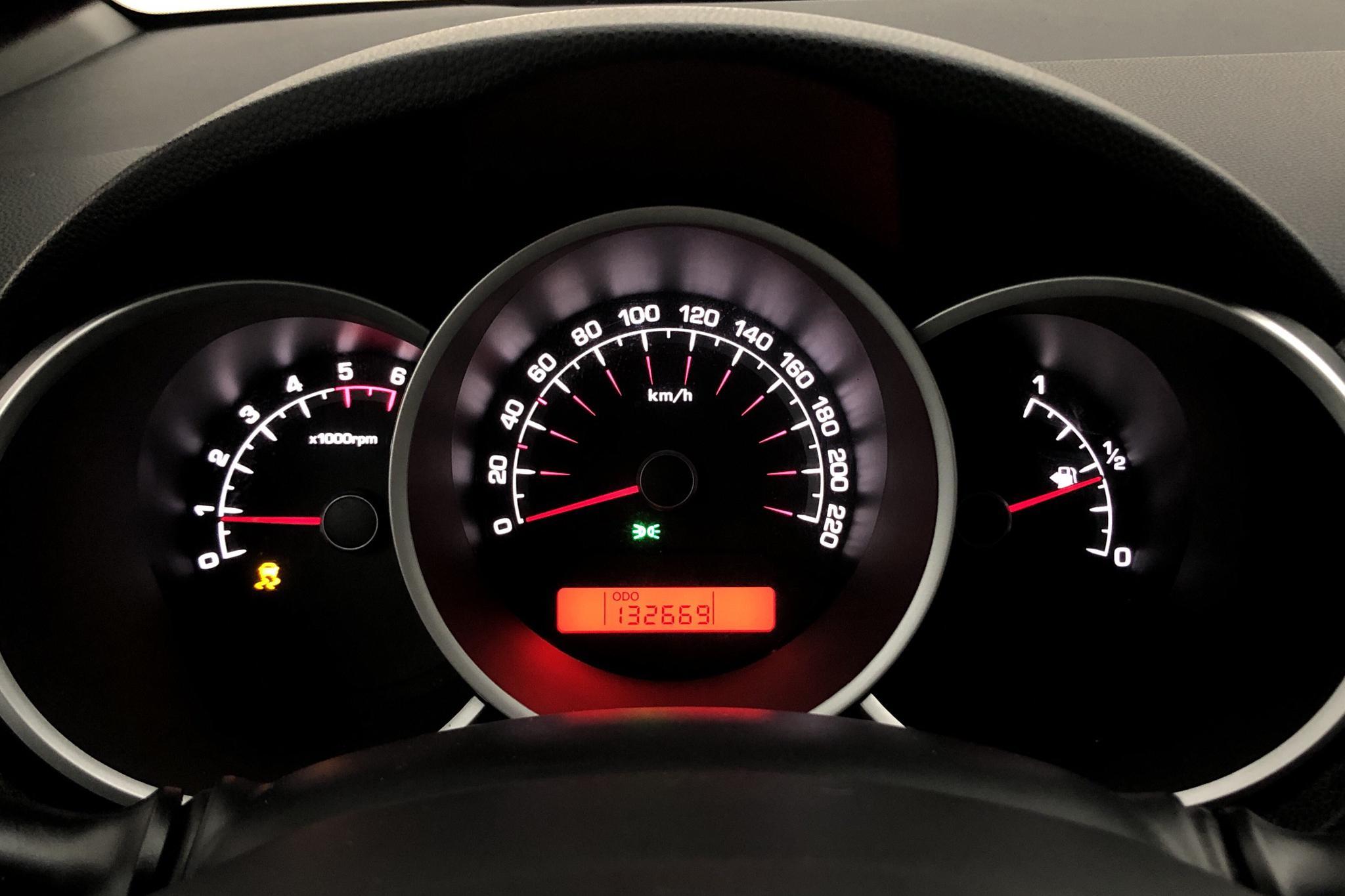 KIA Venga 1.4 CRDi (90hk) - 13 266 mil - Manuell - grå - 2011