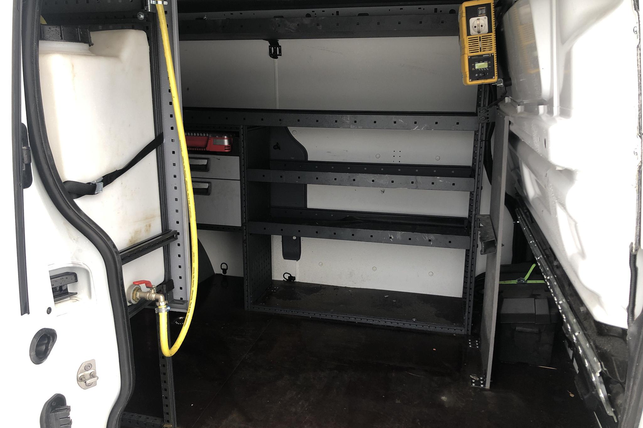 Renault Trafic 1.6 dCi Skåp (145hk) - 1 547 mil - Manuell - vit - 2019