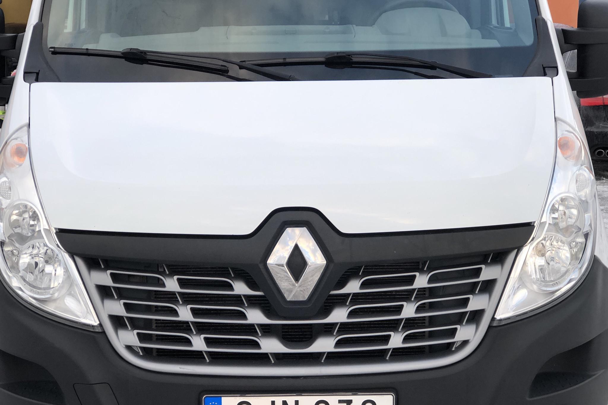 Renault Master 2.3 dCi FAP 2WD (170hk) - 3 536 mil - Manuell - vit - 2017