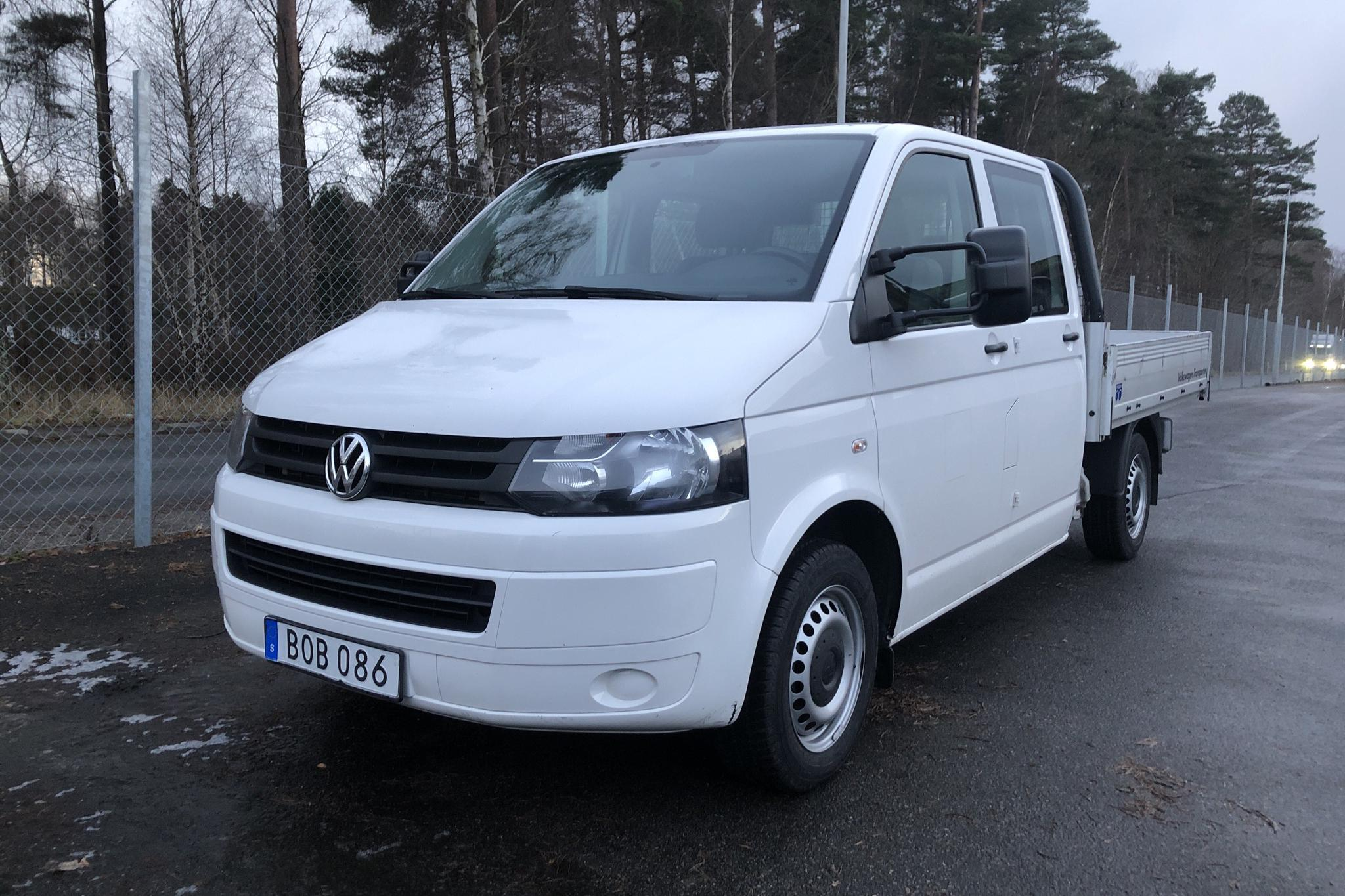 VW Transporter T5 2.0 TDI Pickup 4MOTION (140hk) - 188 100 km - Manual - white - 2014
