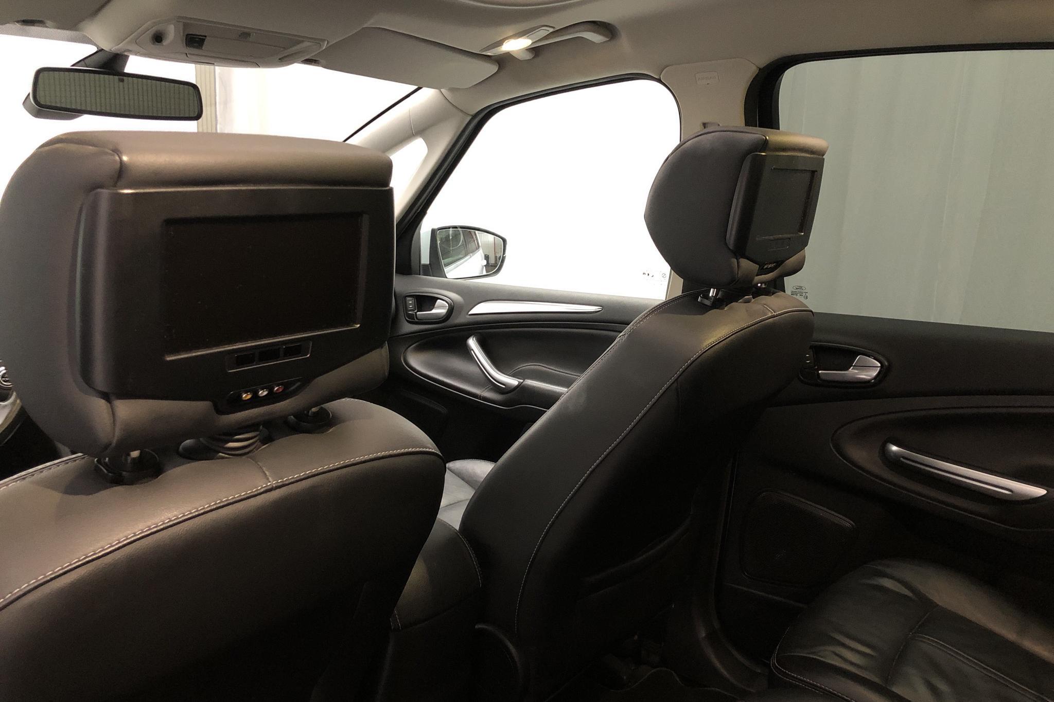 Ford S-MAX 2.2 Duratorq TDCi (200hk) - 18 631 mil - Automat - vit - 2011