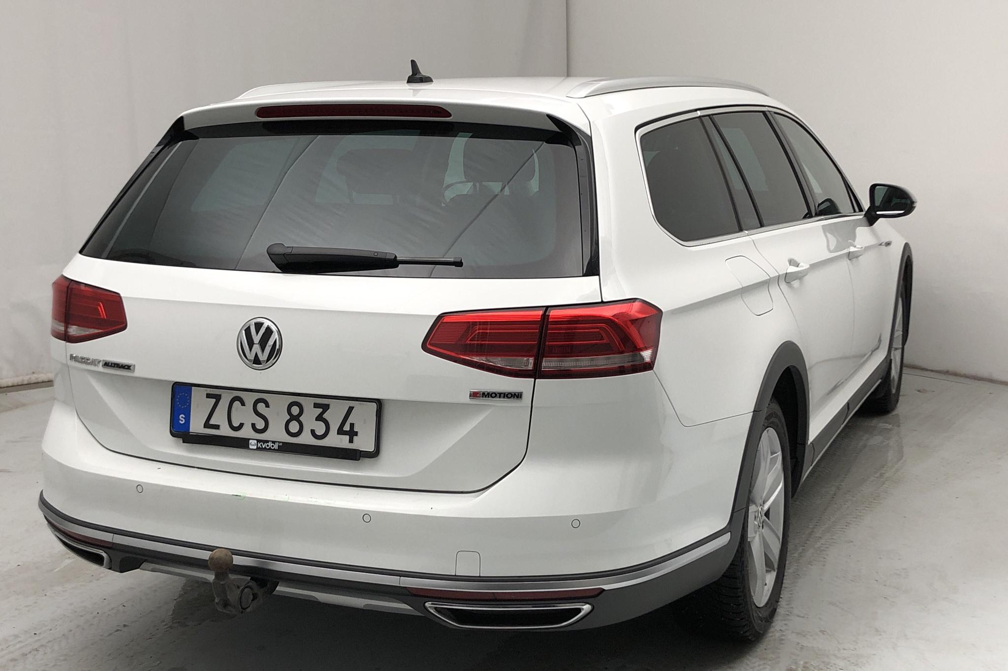 VW Passat Alltrack 2.0 TDI Sportscombi 4MOTION (190hk) - 11 113 mil - Automat - vit - 2018