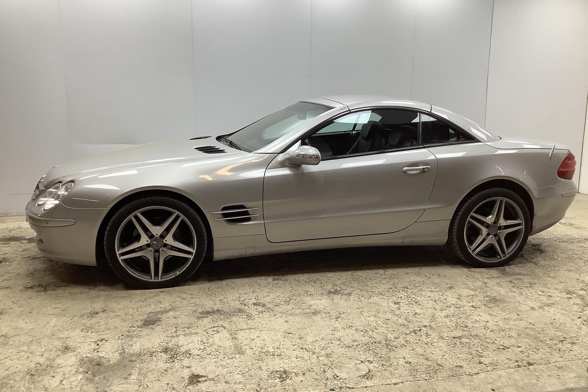 Mercedes SL 500 R230 (306hk) - 124 910 km - Automatic - silver - 2002
