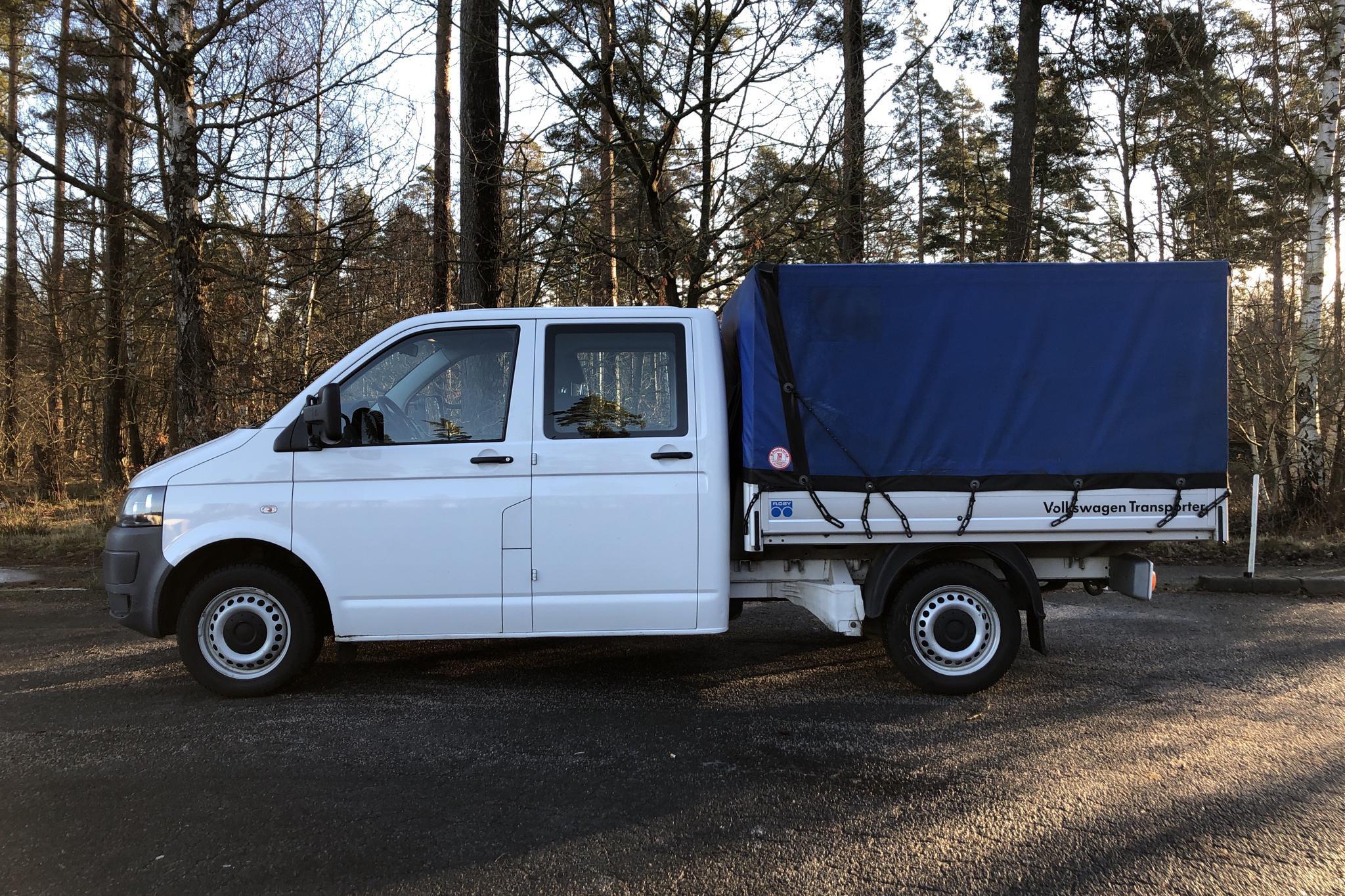 VW Transporter T5 2.0 TDI Pickup 4MOTION (140hk) - 16 334 mil - Manuell - vit - 2011