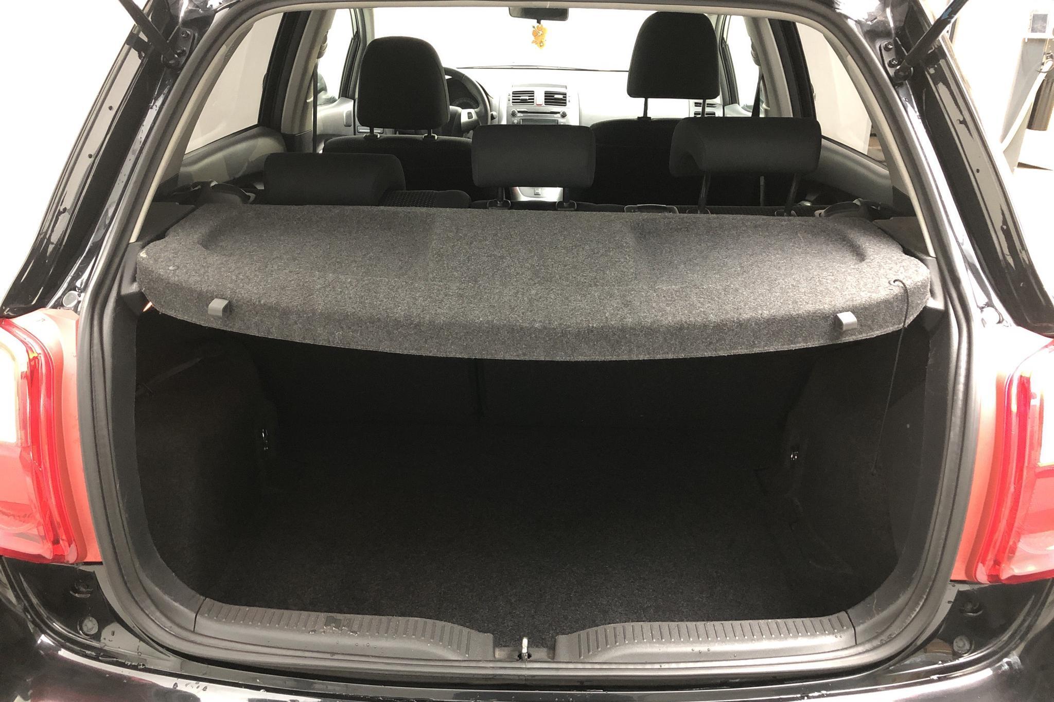 Toyota Auris 1.6 VVT-i 5dr (132hk) - 10 091 mil - Automat - svart - 2012