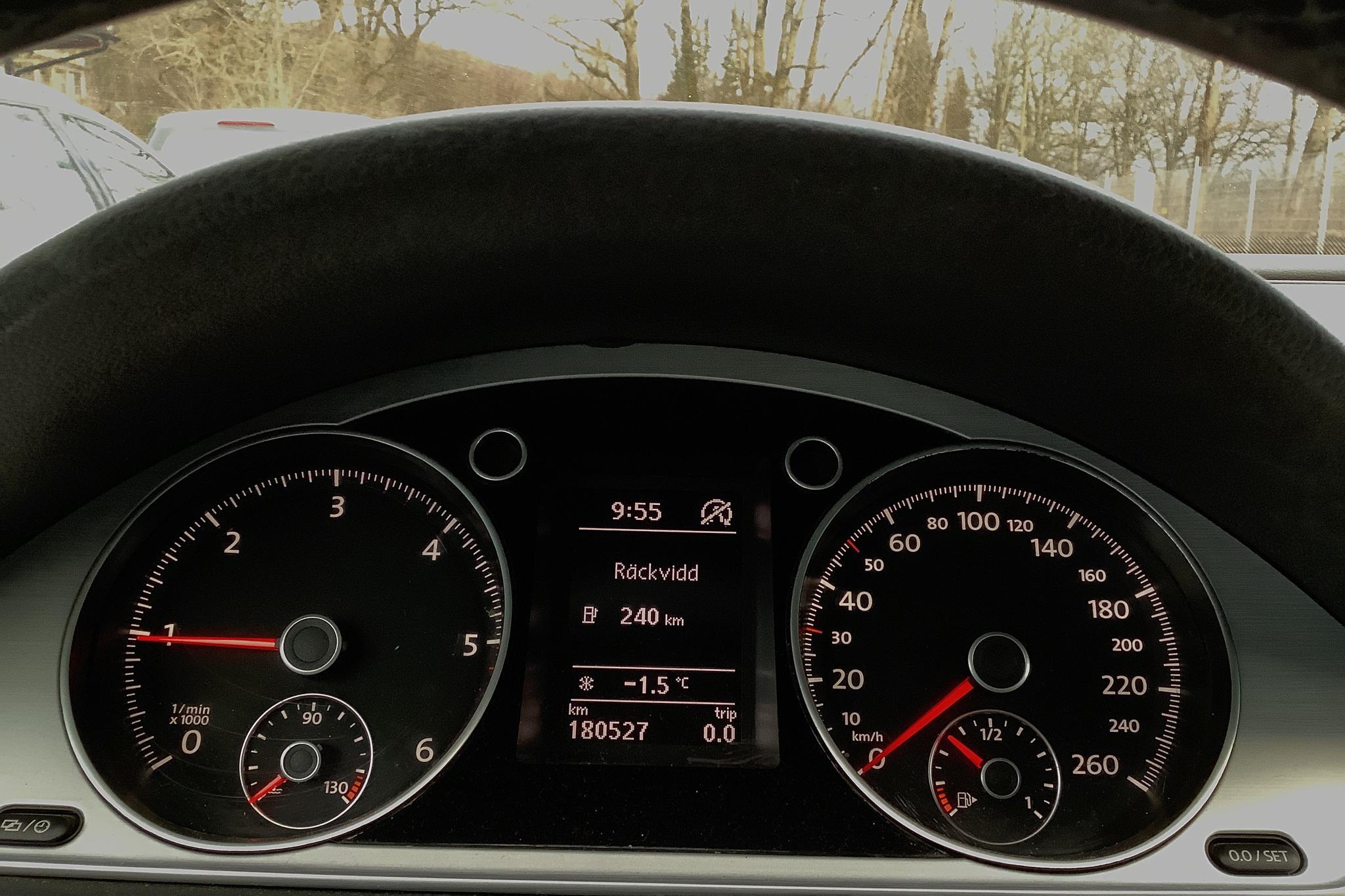 VW Passat Alltrack 2.0 TDI BlueMotion Technology 4Motion (170hk) - 18 052 mil - Automat - vit - 2013