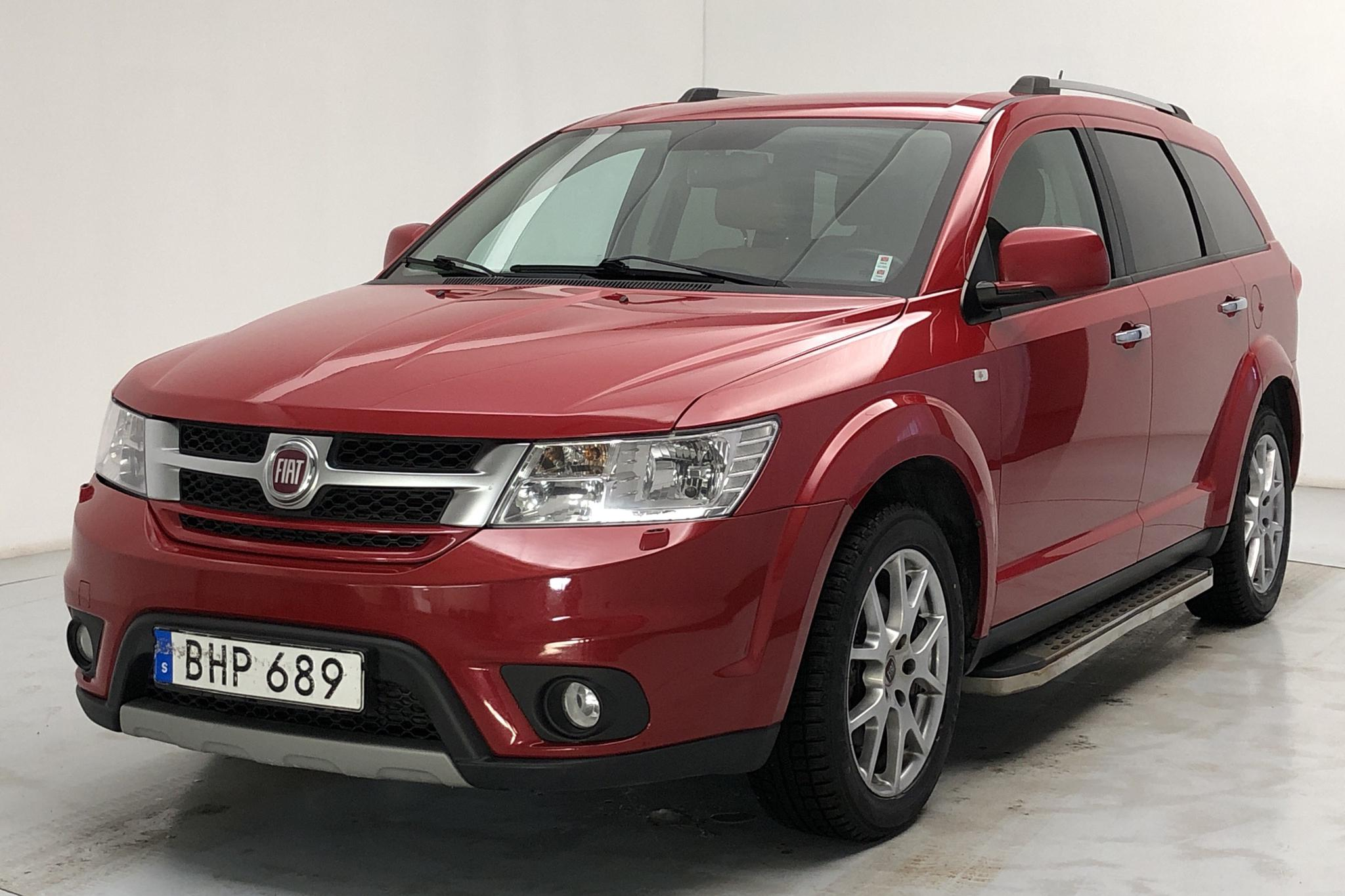 Fiat Freemont 2.0 Multijet AWD (170hk) - 154 540 km - Automatic - red - 2014