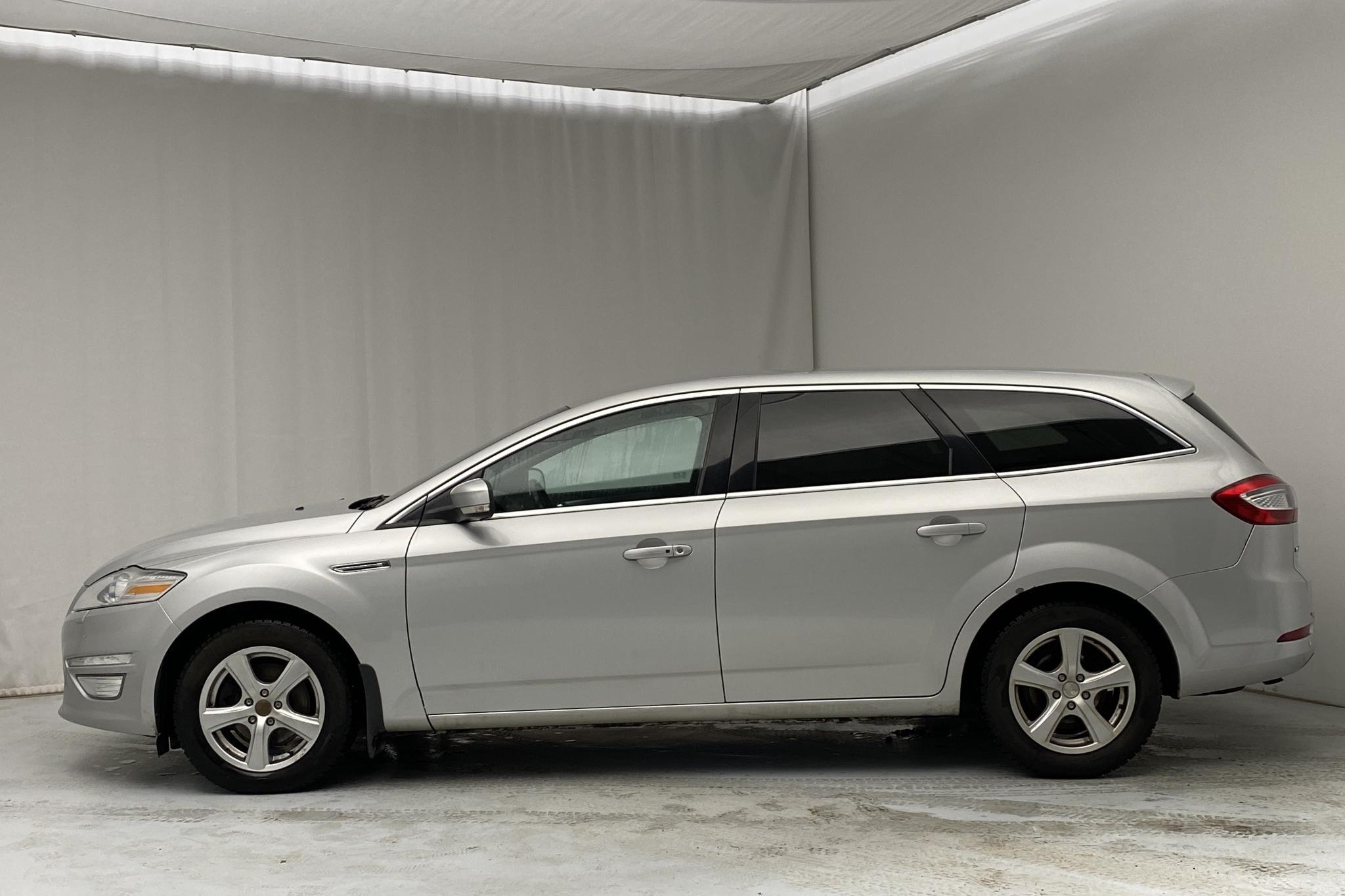 Ford Mondeo 2.0 Duratorq TDCi Kombi (163hk) - 20 234 mil - Automat - grå - 2011
