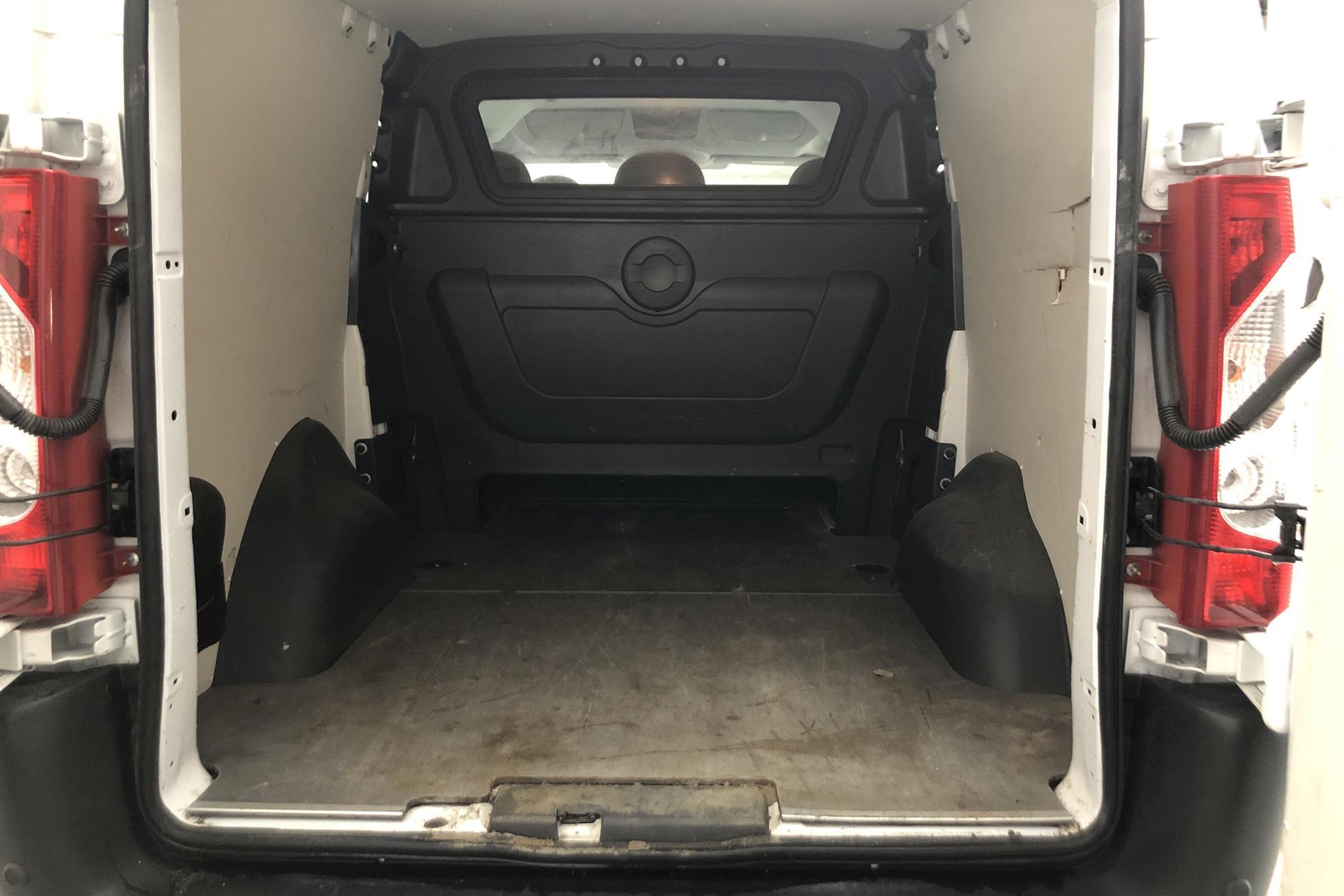 Fiat Scudo 2.0 MJT (130hk) - 10 075 mil - Manuell - vit - 2016