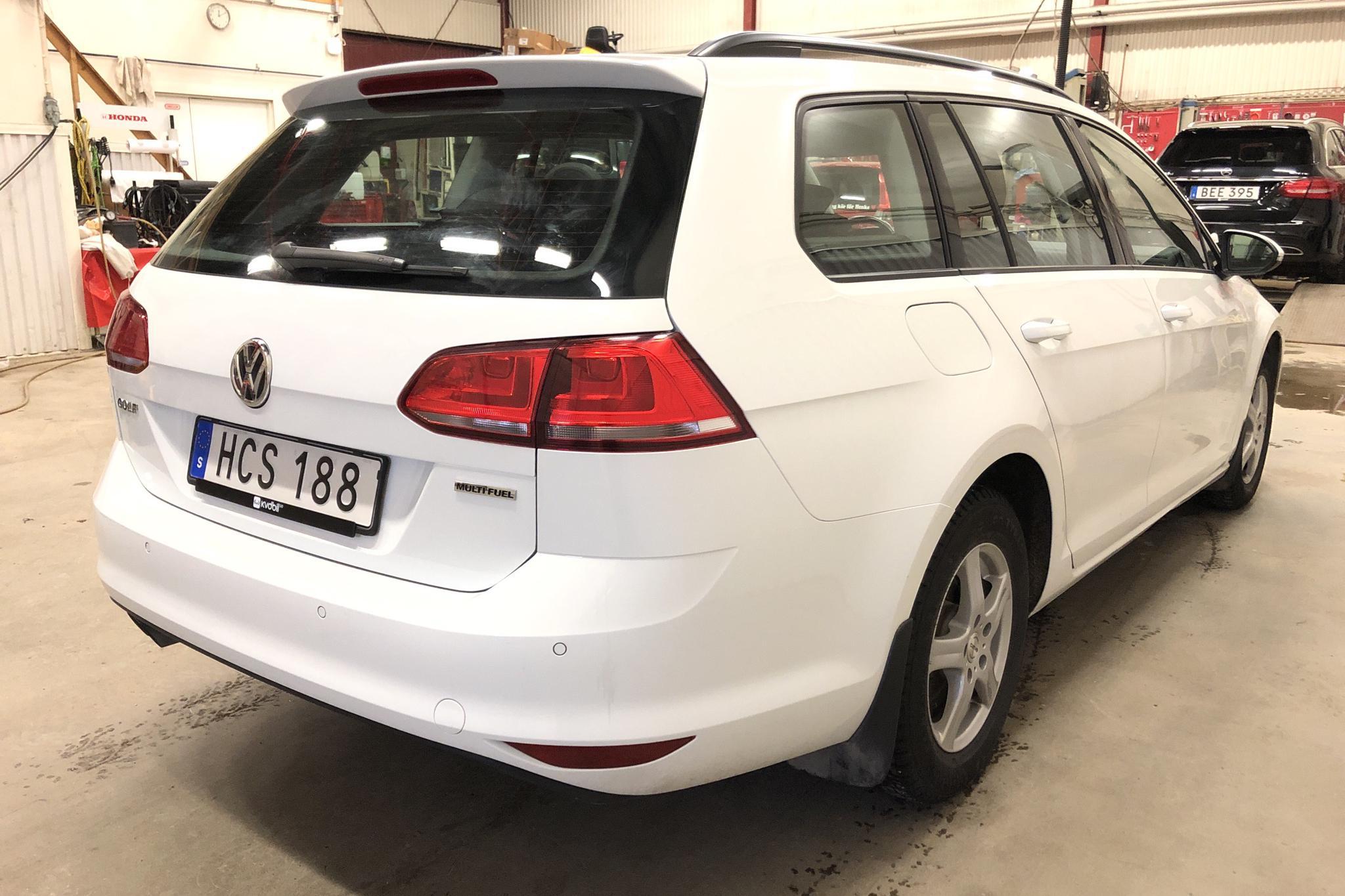 VW Golf VII 1.4 TSI Multifuel Sportscombi (125hk) - 11 794 mil - Manuell - vit - 2016