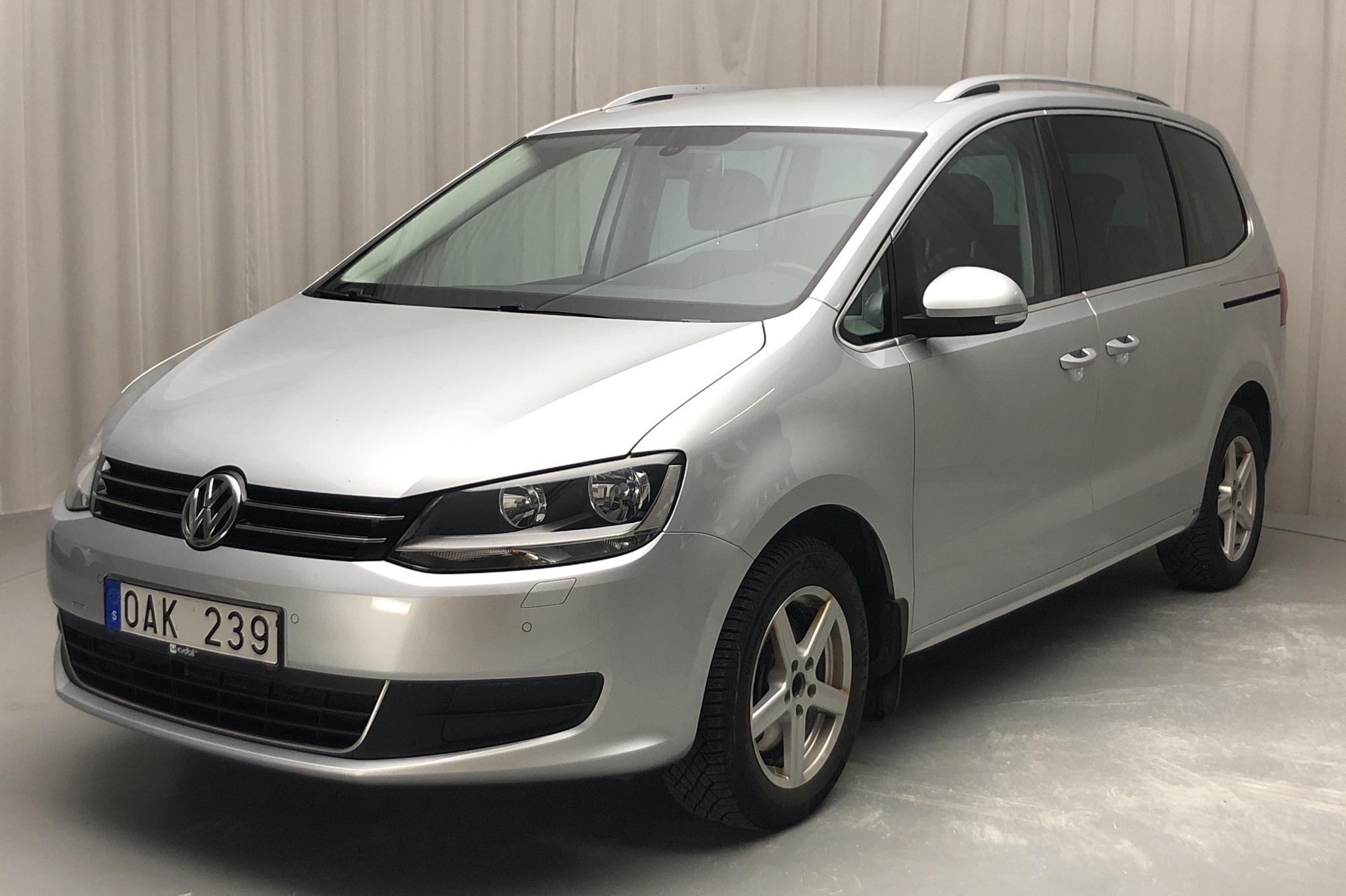 VW Sharan 2.0 TDI BlueMotion Technology 4motion (140hk) - 120 300 km - Manual - silver - 2014