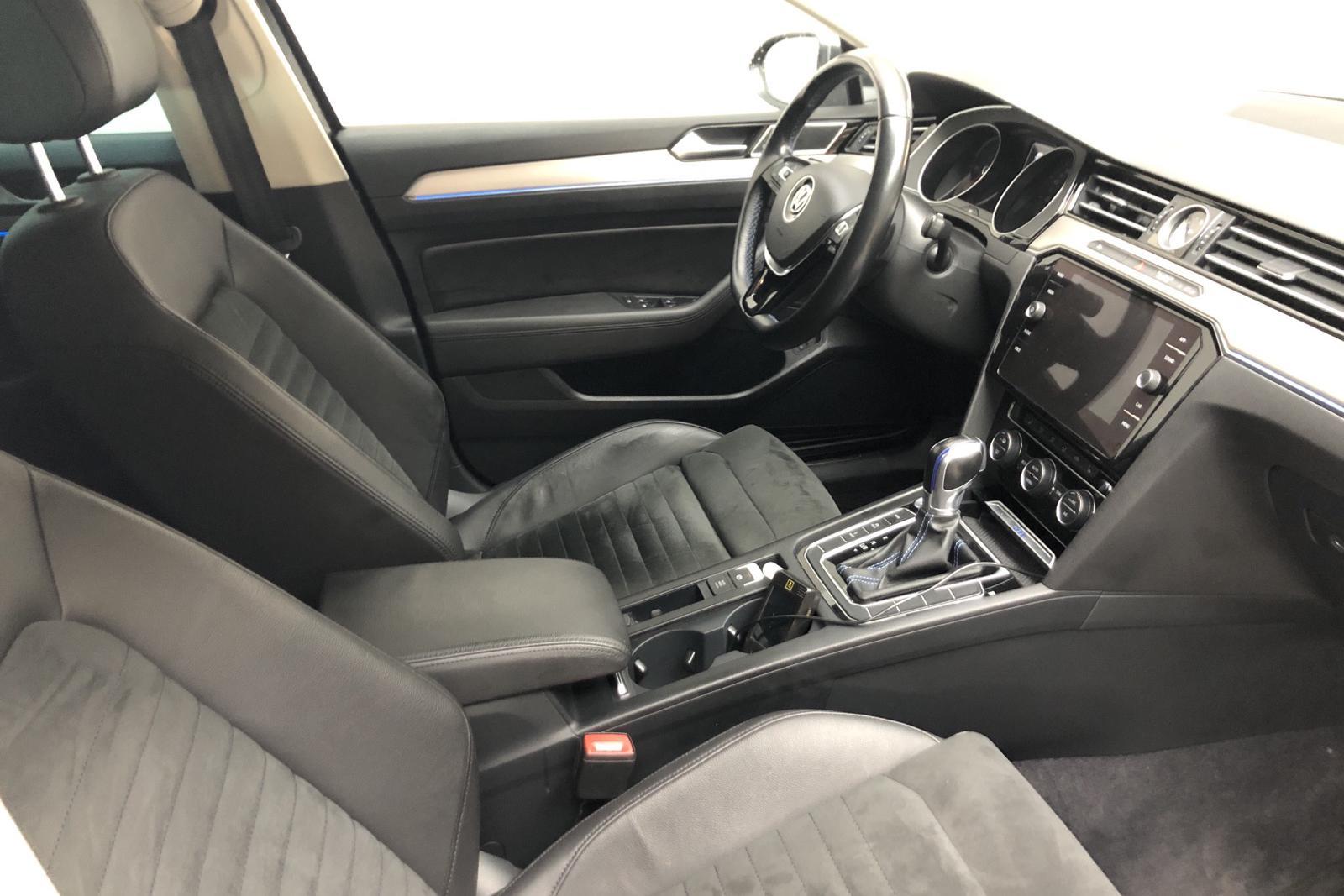 VW Passat 1.4 Plug-in-Hybrid Sportscombi (218hk) - 96 970 km - Automatic - Dark Grey - 2018