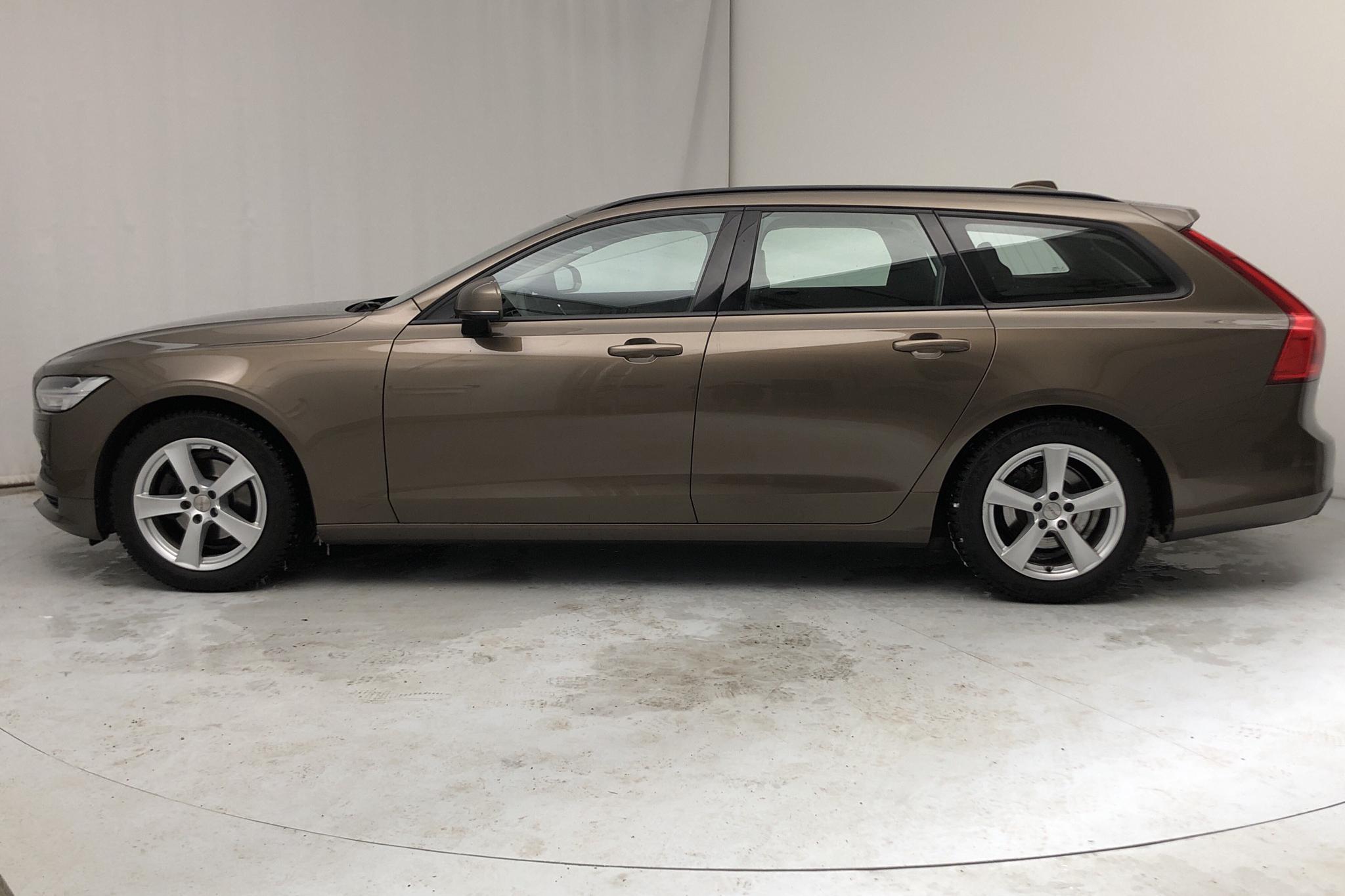 Volvo V90 D3 AWD (150hk) - 10 463 mil - Automat - brun - 2018