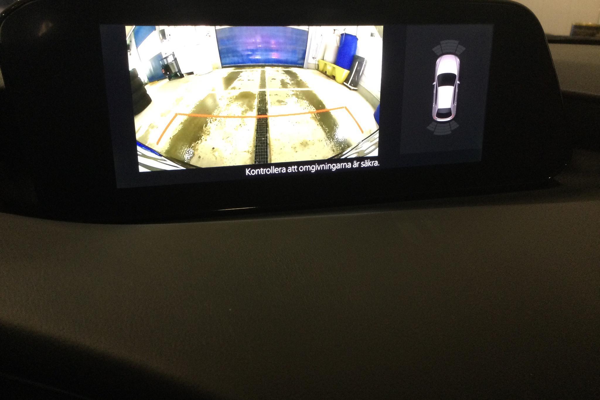 Mazda 3 2.0 5dr (180hk) - 3 430 mil - Manuell - vit - 2020