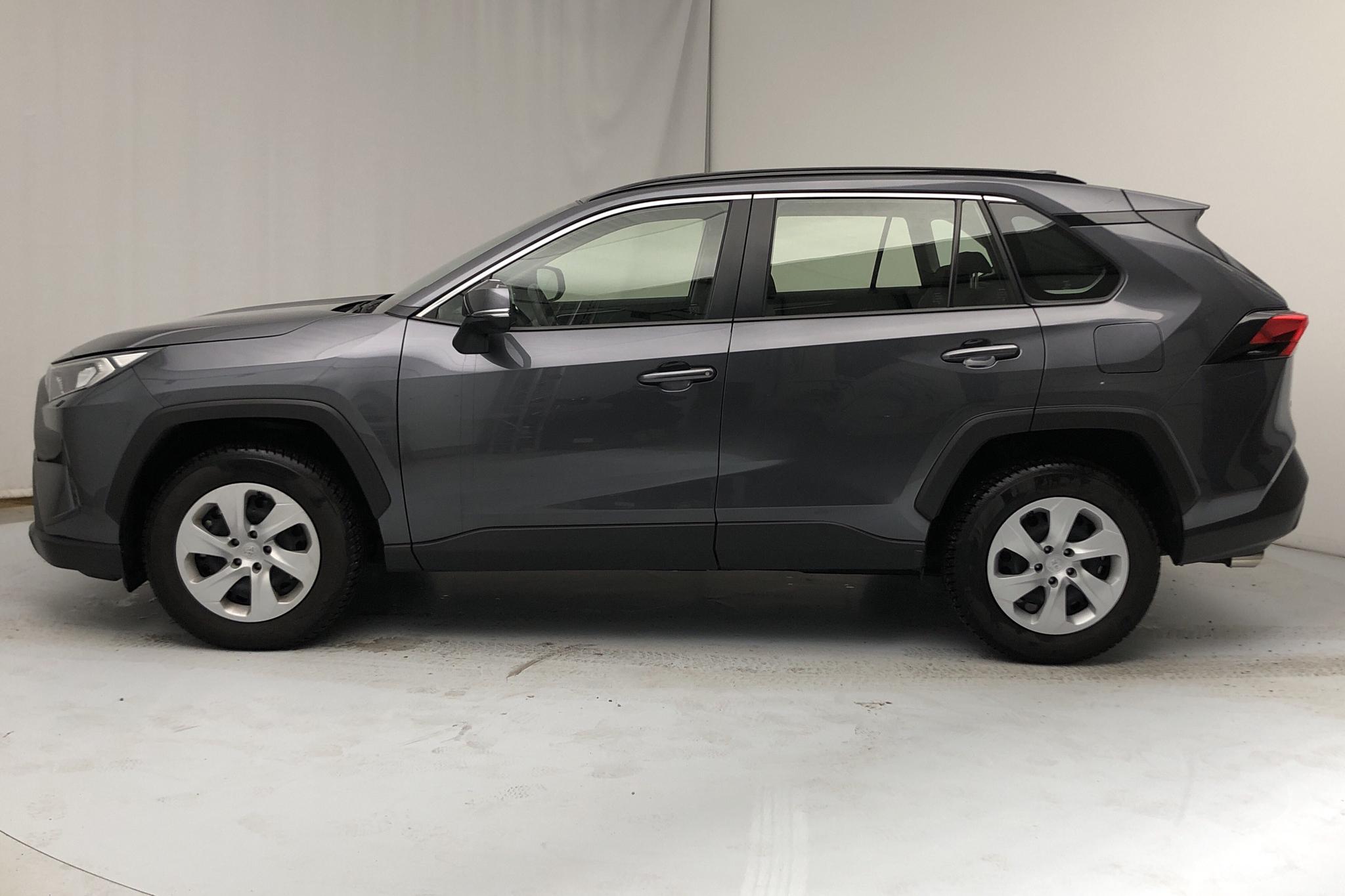 Toyota RAV4 2.0 (175hk) - 19 790 km - Manual - Dark Grey - 2019