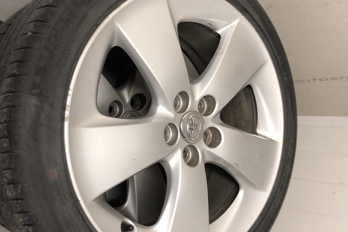 Toyota Prius 1.8 Hybrid (99hk) - 17 688 mil - Automat - vit - 2012