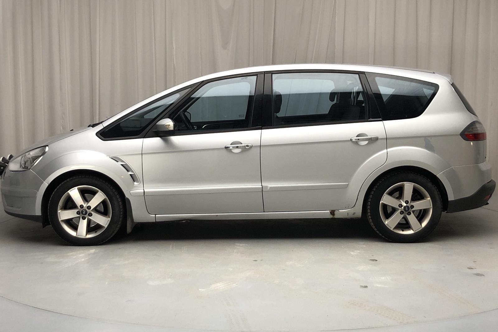 Ford S-MAX 2.0 TDCI (140hk) - 30 328 mil - Automat - grå - 2010