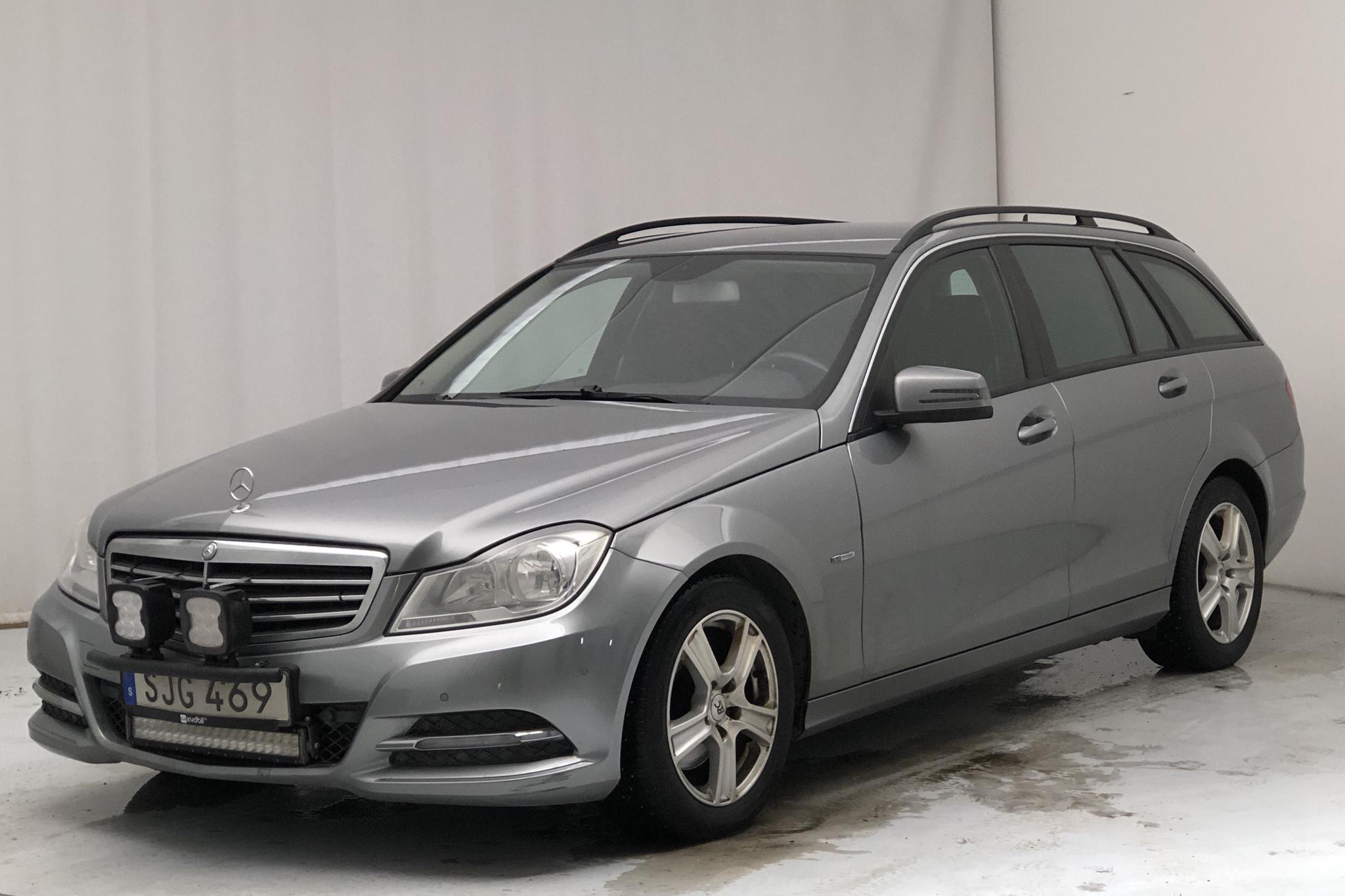 Mercedes C 250 CDI 4Matic Kombi S204 (204hk) - 329 950 km - Automatic - gray - 2012