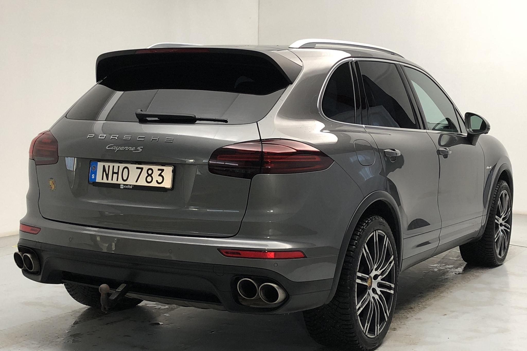 Porsche Cayenne S Diesel (385hk) - 9 125 mil - Automat - Dark Grey - 2016