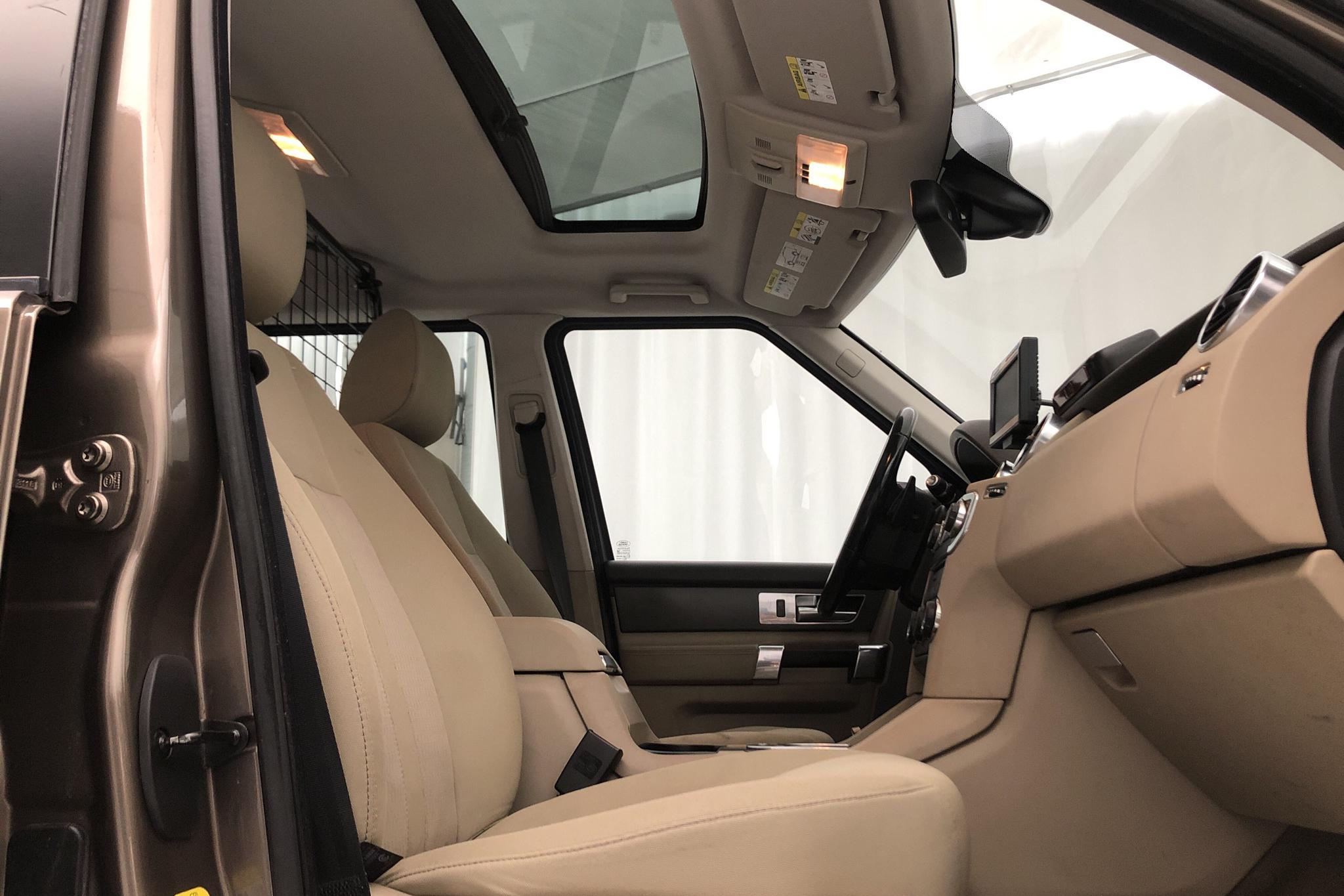 Land Rover Discovery 4 3.0 TDV6 (256hk) - 10 990 mil - Automat - Light Brown - 2012
