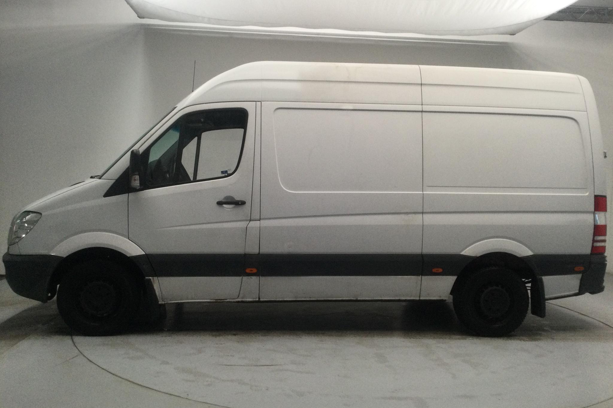 Mercedes Sprinter 316 CDI (163hk) - 297 800 km - Automatic - white - 2011