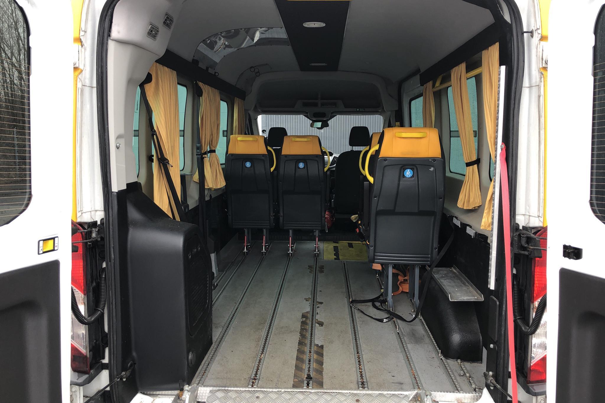 Ford Transit 350 2.0 TDCi 2WD (130hk) - 537 290 km - Manual - white - 2017