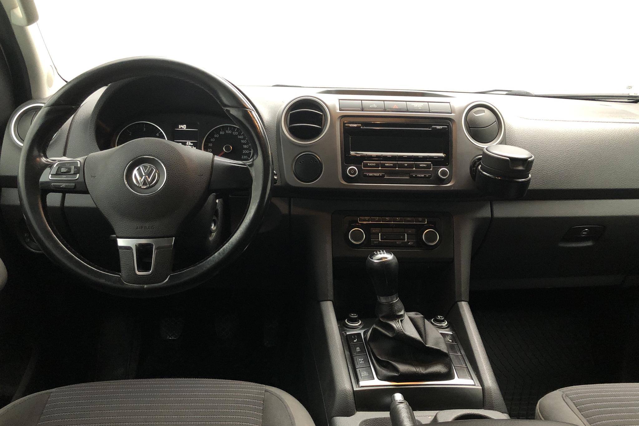 VW Amarok 2.0 TDI 4motion (163hk) - 219 840 km - Manual - white - 2012