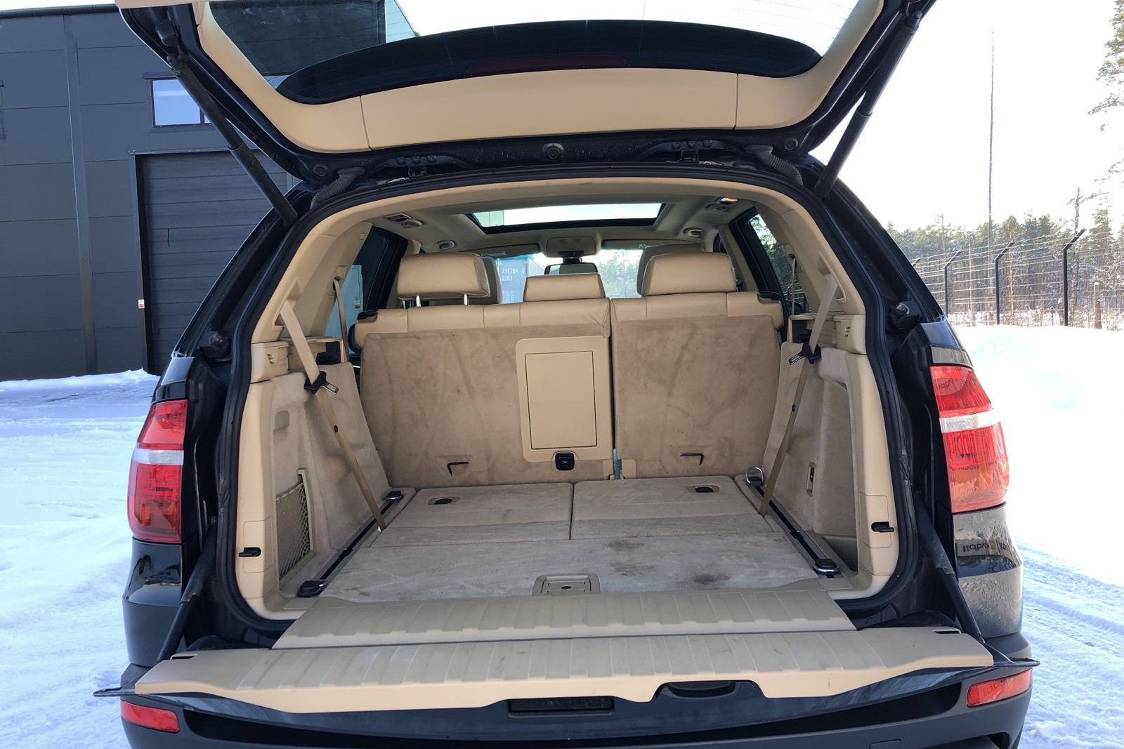 BMW X5 4.8iA V8, E70 (355hk) - 14 352 mil - Automat - svart - 2007