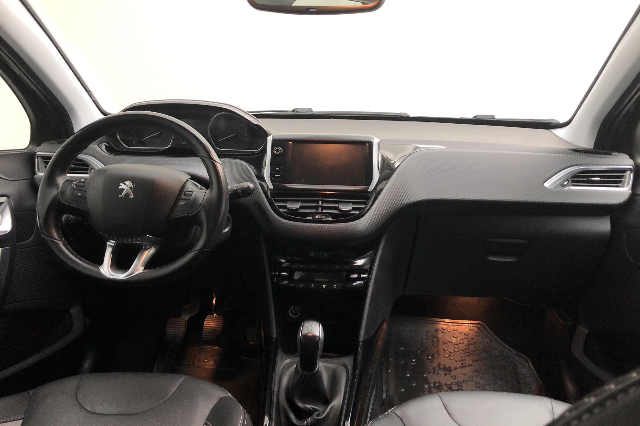 Peugeot 2008 1.2 VTi (82hk) - 33 020 km - Manual - Dark Grey - 2018