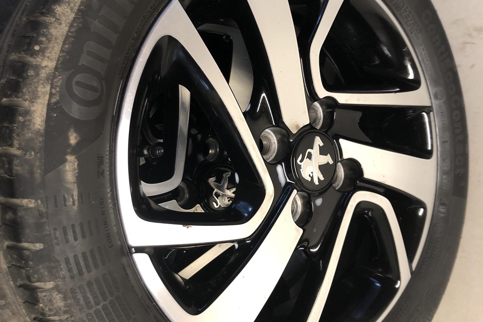 Peugeot 108 PureTech 5dr (68hk) - 21 250 km - Manual - black - 2018