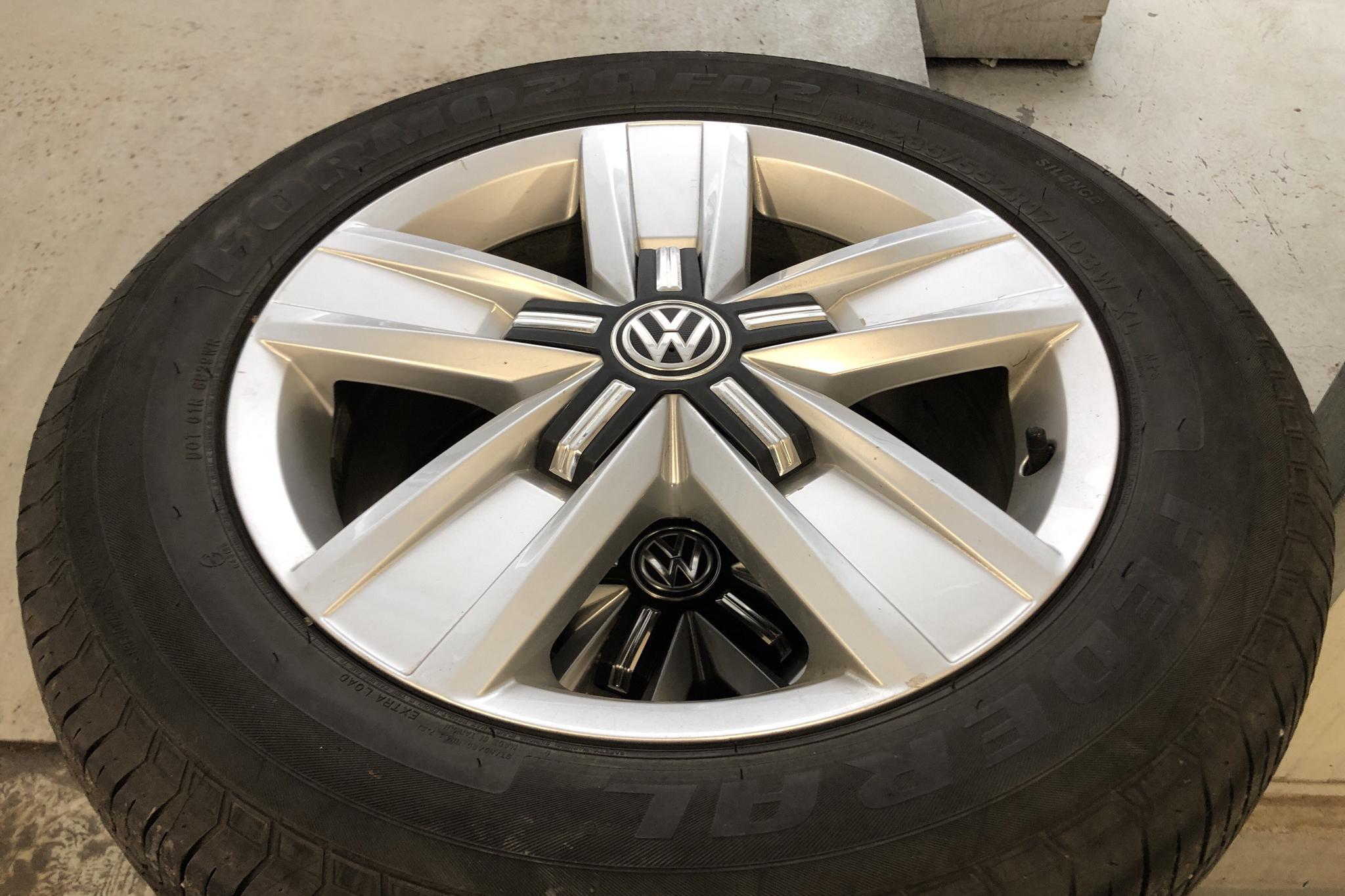 VW Multivan T6 2.0 TDI BMT  (150hk) - 92 420 km - Automatic - brown - 2017
