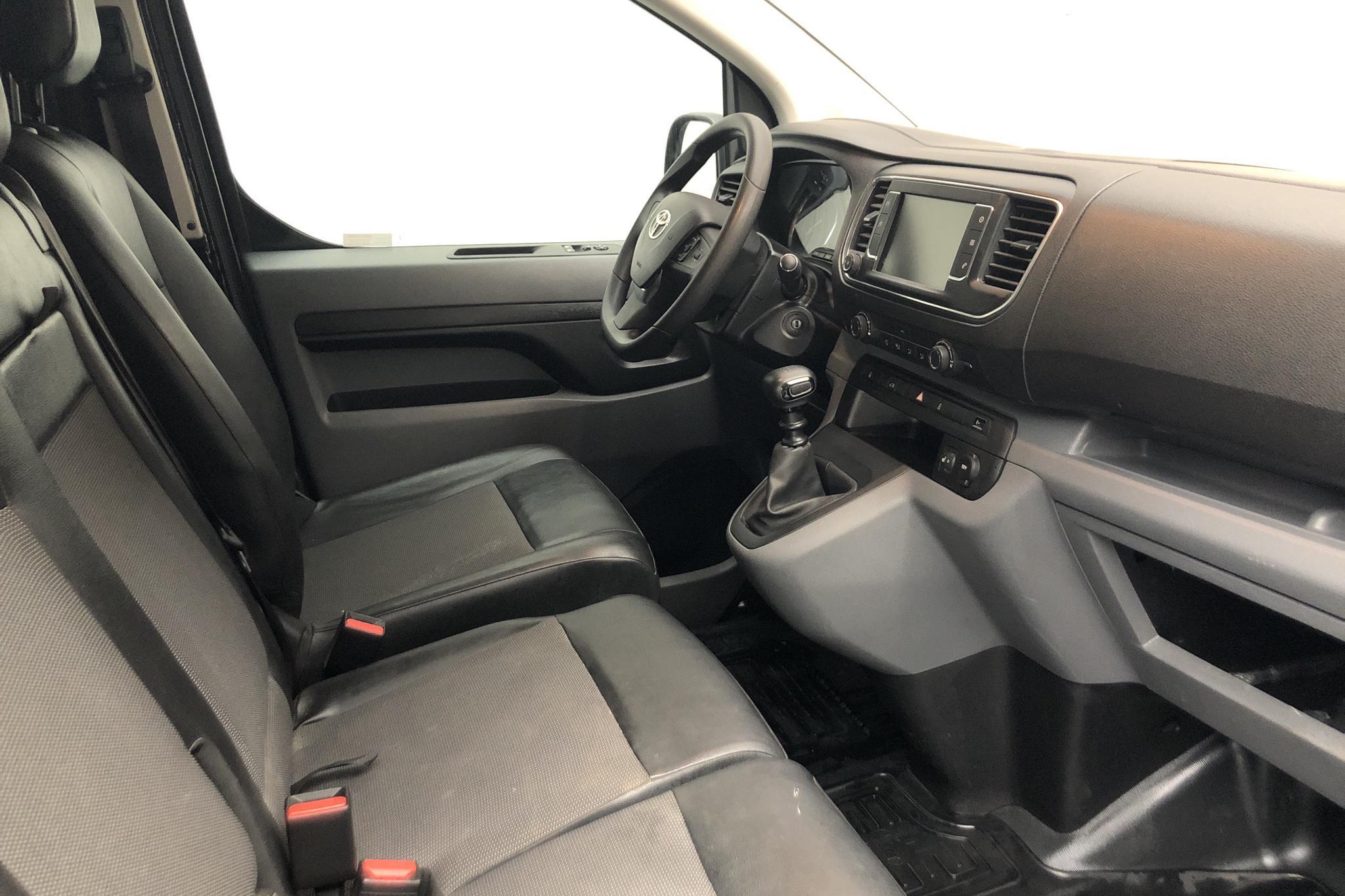 Toyota PROACE 2.0D (120hk) - 27 240 km - Manual - black - 2018