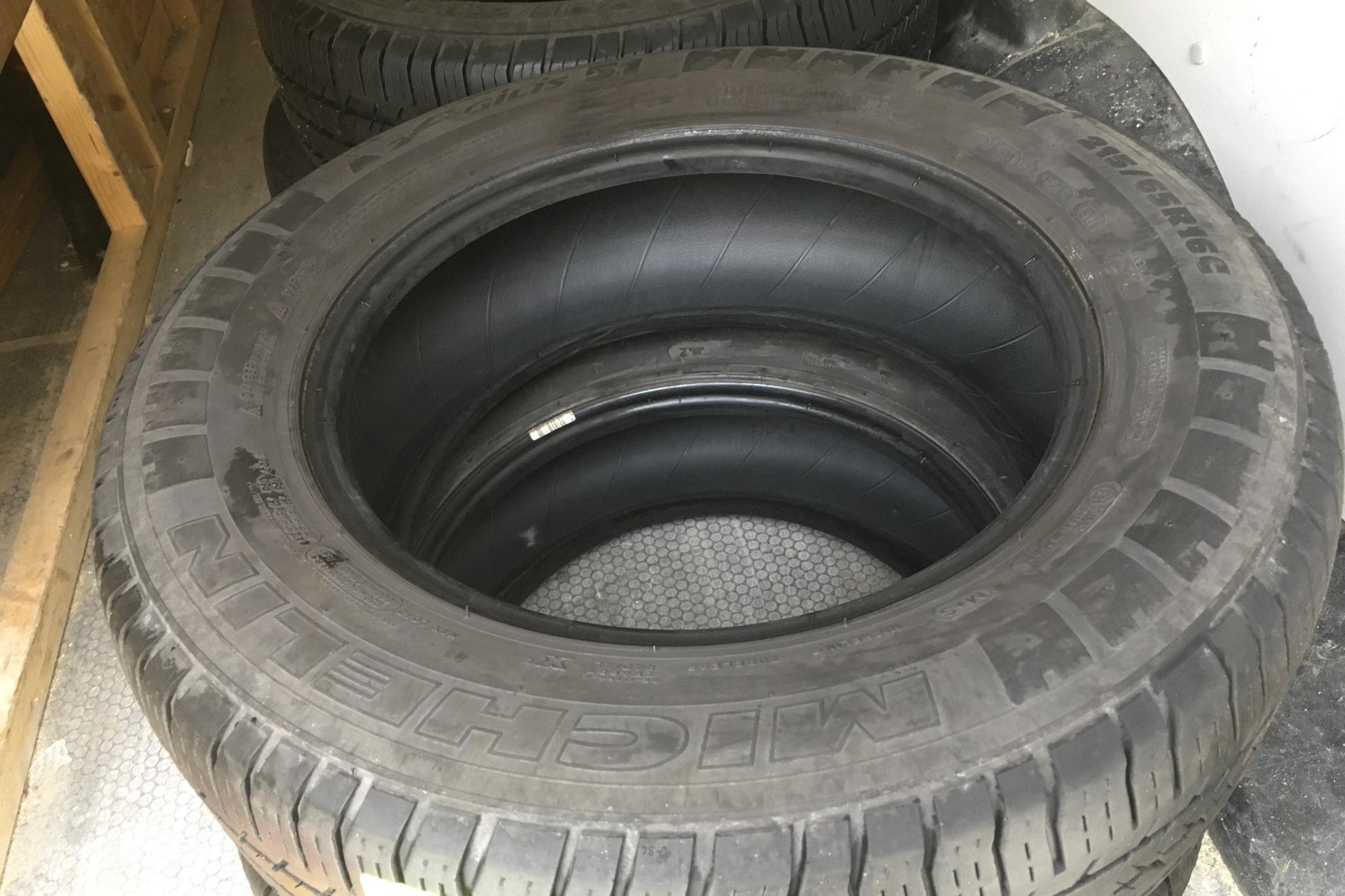 Toyota PROACE 2.0D (120hk) - 7 931 mil - Manuell - svart - 2018