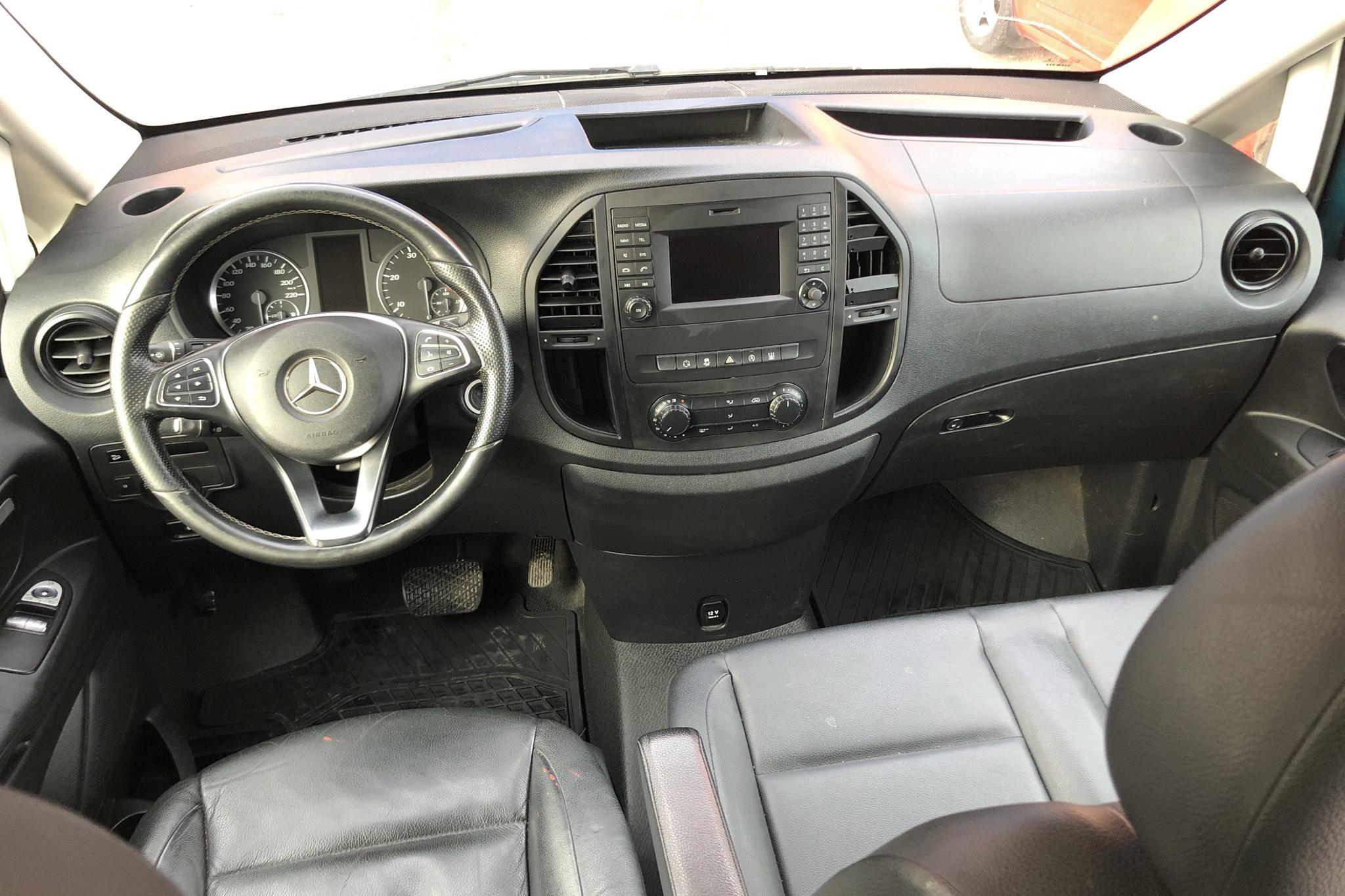 Mercedes Vito 119 BlueTEC 4x4 W640 (190hk) - 19 440 mil - Automat - Dark Green - 2017