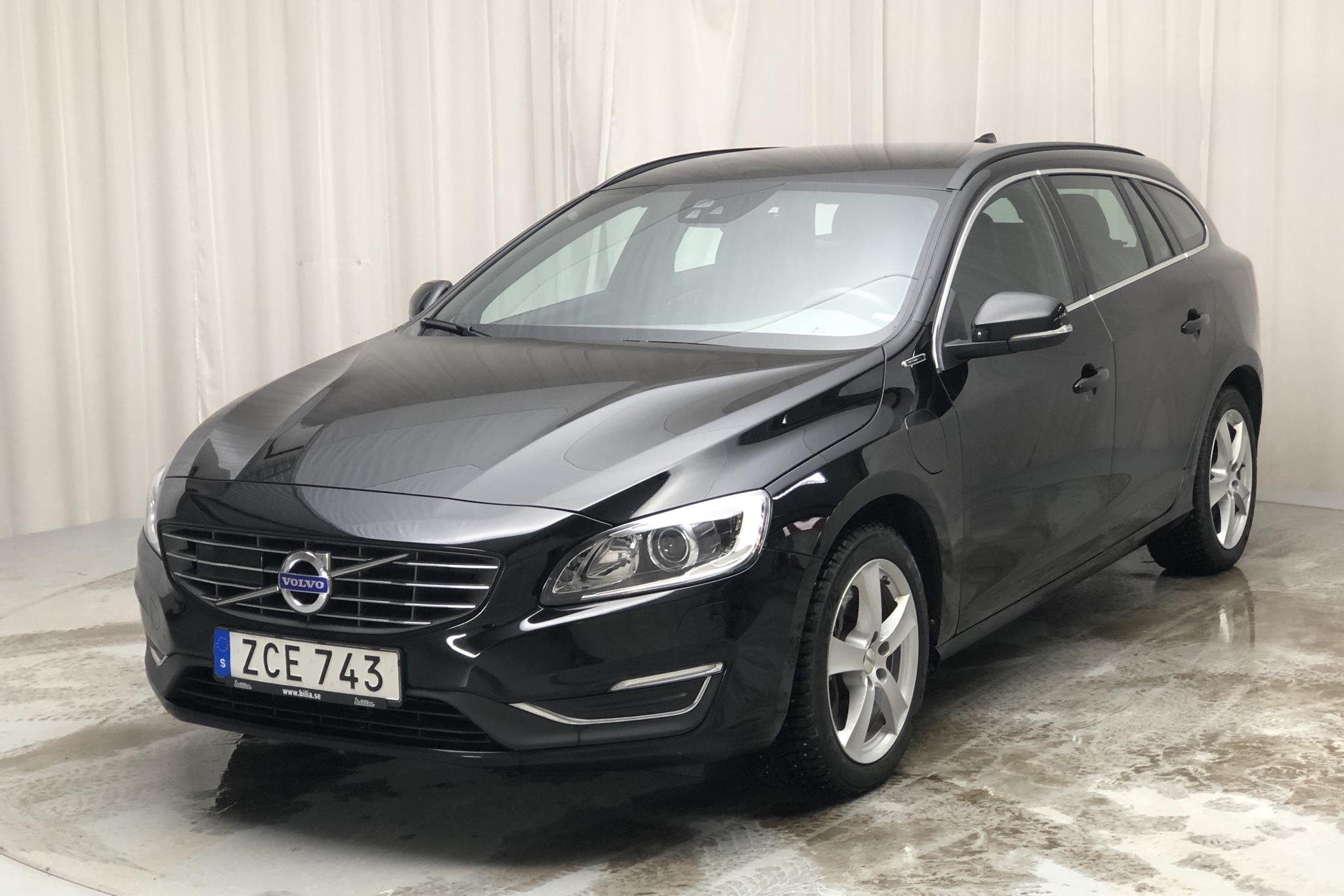 Volvo V60 D5 AWD Twin Engine (163hk) - 78 840 km - Automatic - black - 2018