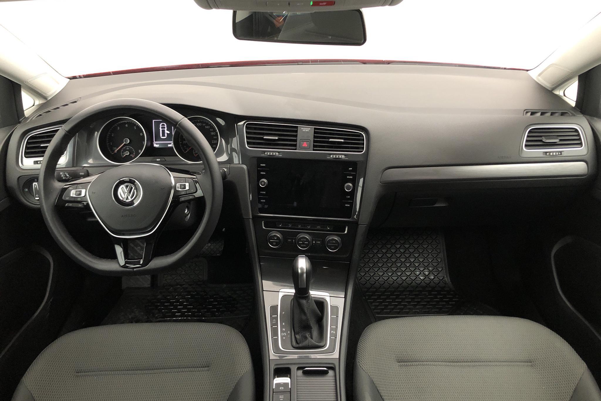 VW Golf VII 1.5 TSI Sportscombi (150hk) - 4 460 km - Automatic - red - 2020