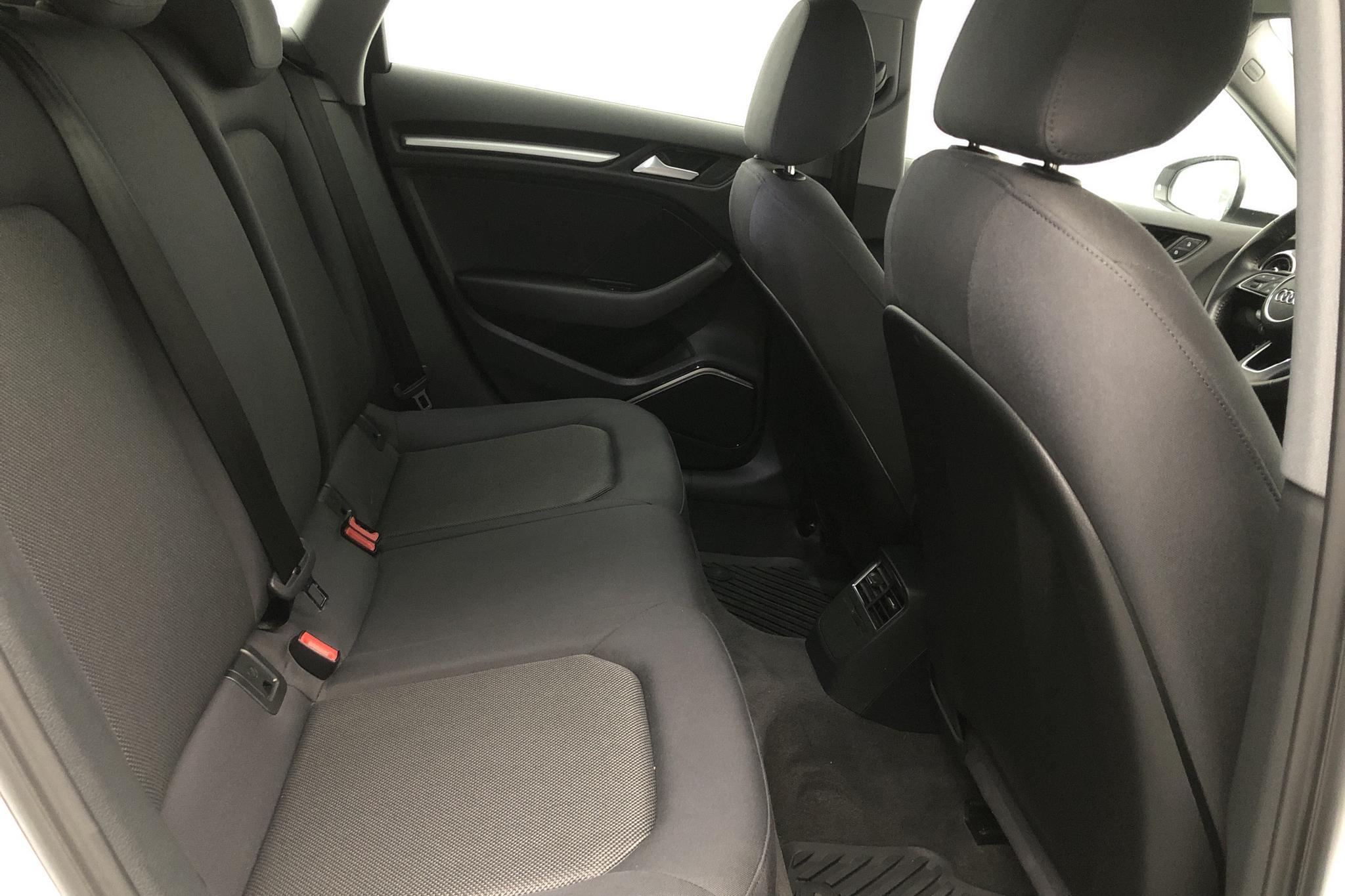 Audi A3 Sportback 35 TFSI (150hk) - 44 980 km - Manual - white - 2019