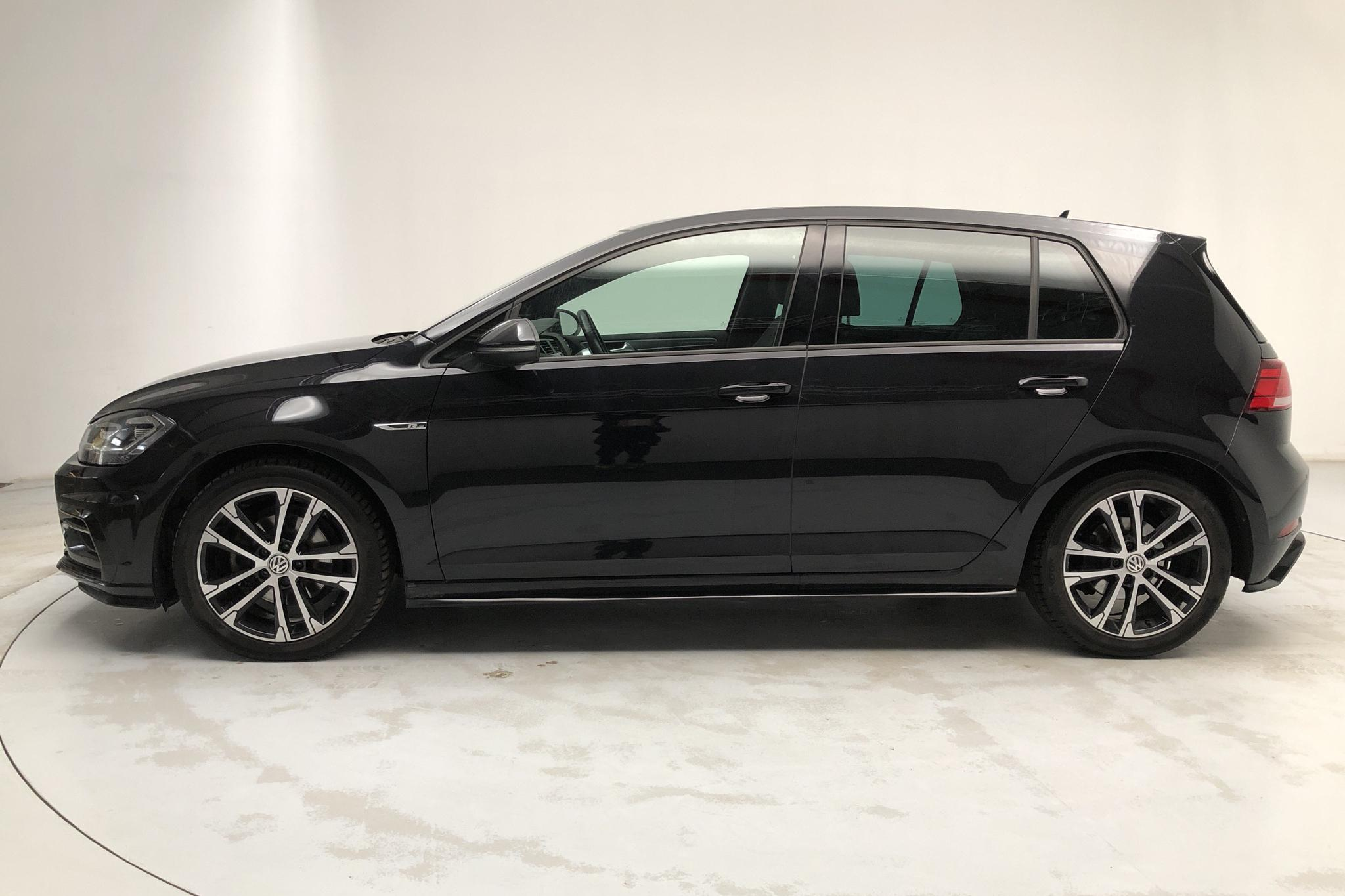 VW Golf VII 1.5 TSI 5dr (150hk) - 60 940 km - Automatic - black - 2019