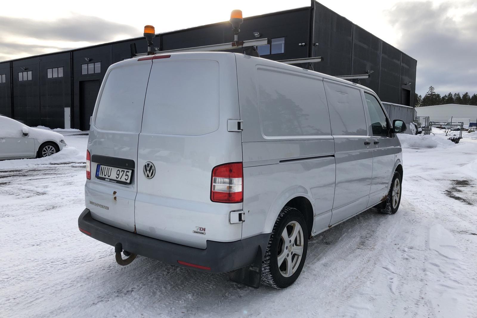 VW Transporter T5 2.0 TDI 4MOTION (180hk) - 163 130 km - Manual - silver - 2013
