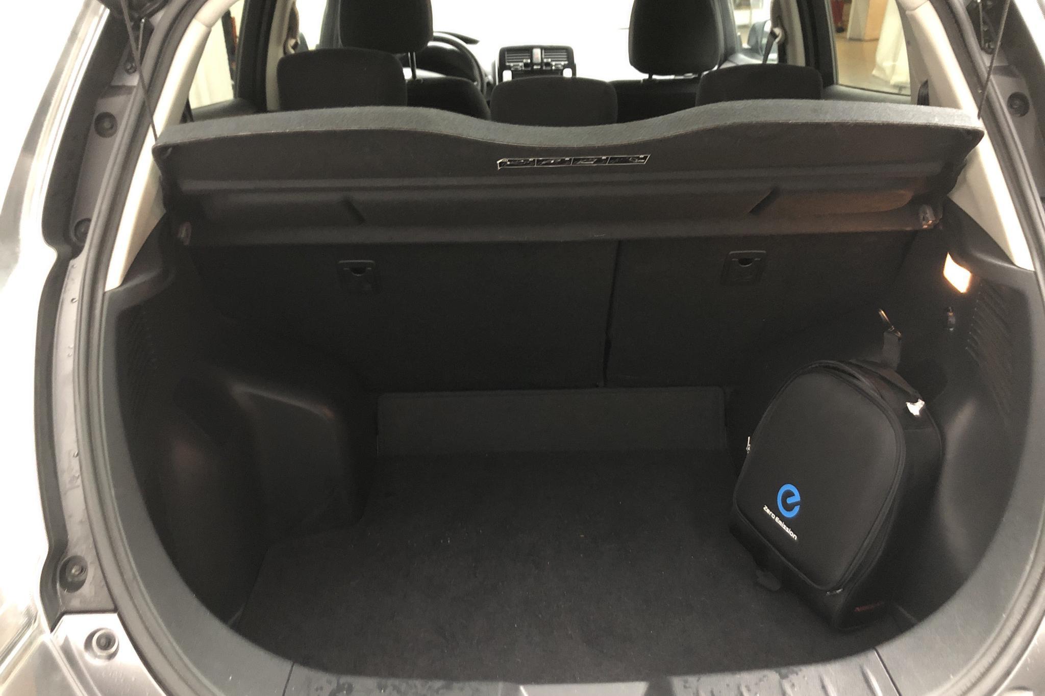 Nissan LEAF 5dr (109hk) - 6 619 mil - Automat - grå - 2017