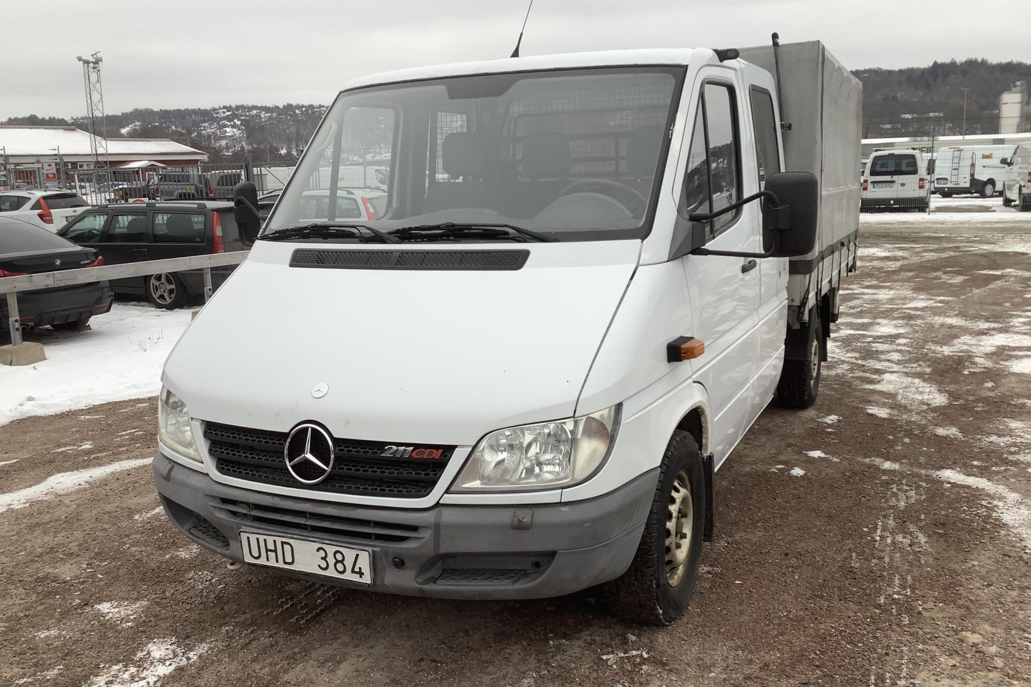 Mercedes Sprinter 211 CDI Pickup/Chassi (109hk) - 123 020 km - Manual - white - 2003