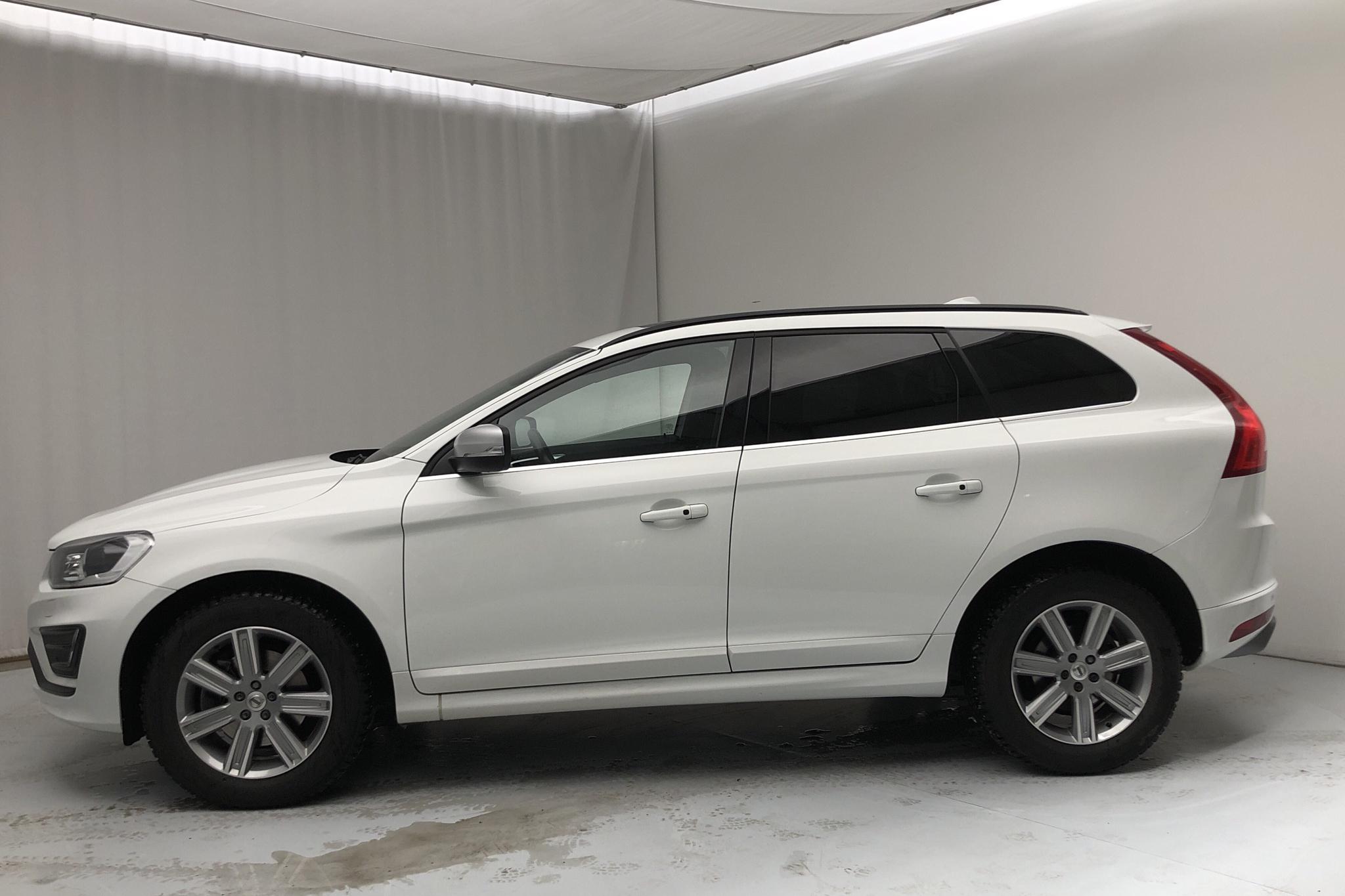 Volvo XC60 D4 AWD (190hk) - 64 790 km - Automatic - white - 2017