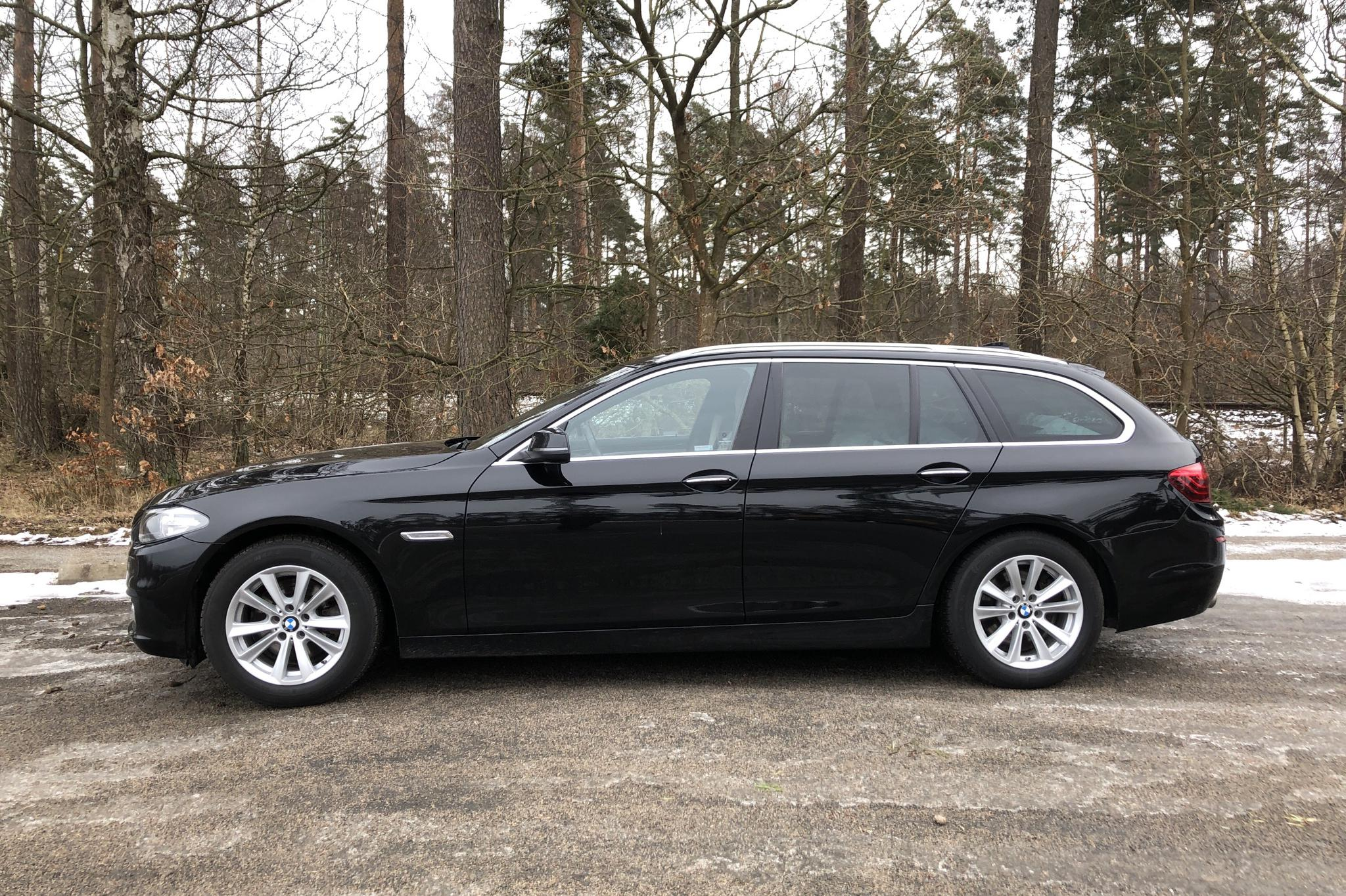 BMW 520d xDrive Touring, F11 (190hk) - 10 563 mil - Automat - svart - 2016