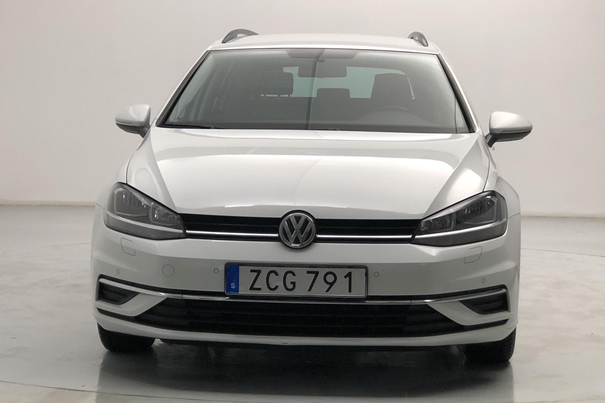 VW Golf VII 1.6 TDI Sportscombi (115hk) - 9 129 mil - Automat - vit - 2018